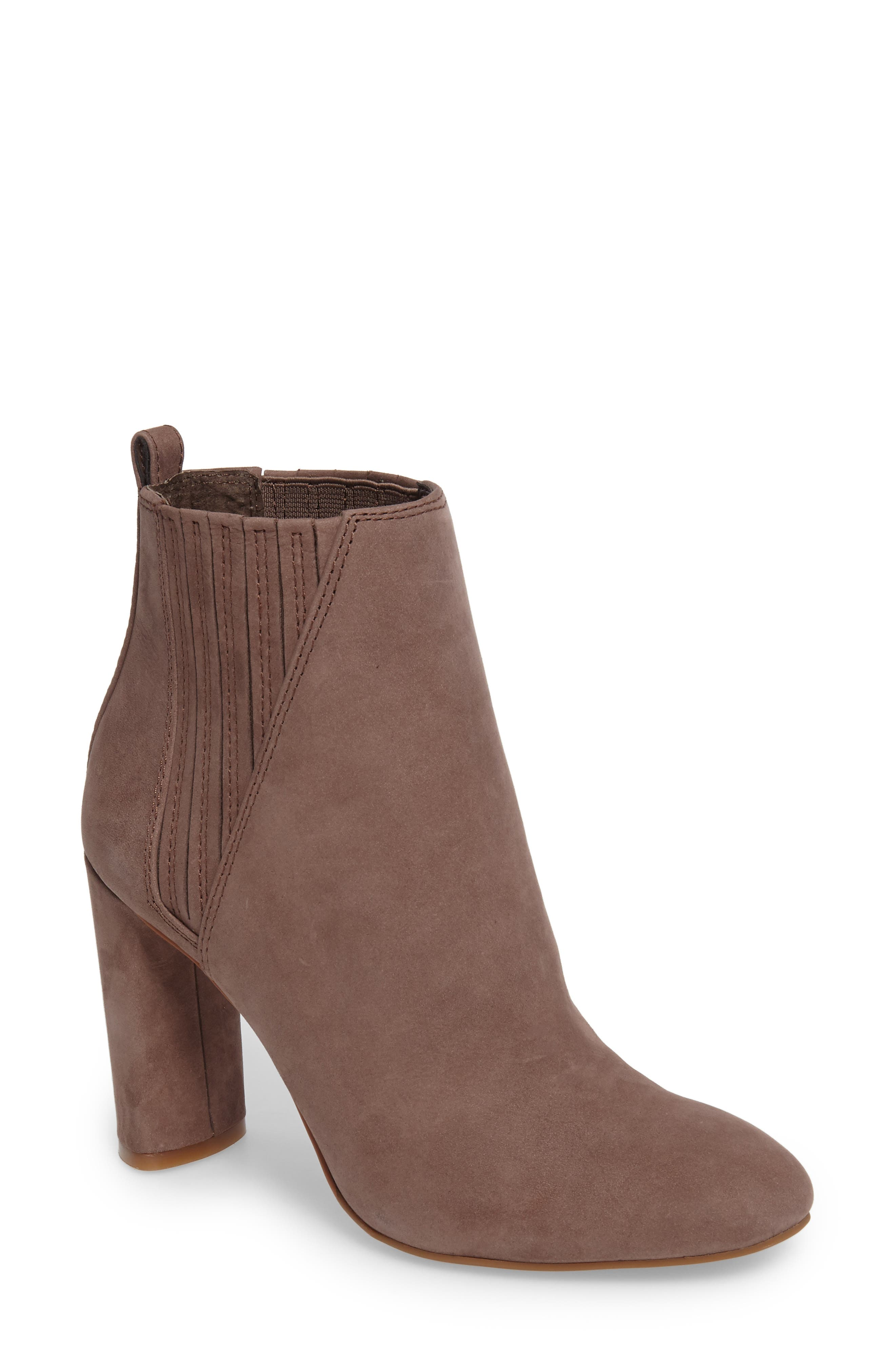 Alternate Image 1 Selected - Vince Camuto Fateen Bootie (Women)