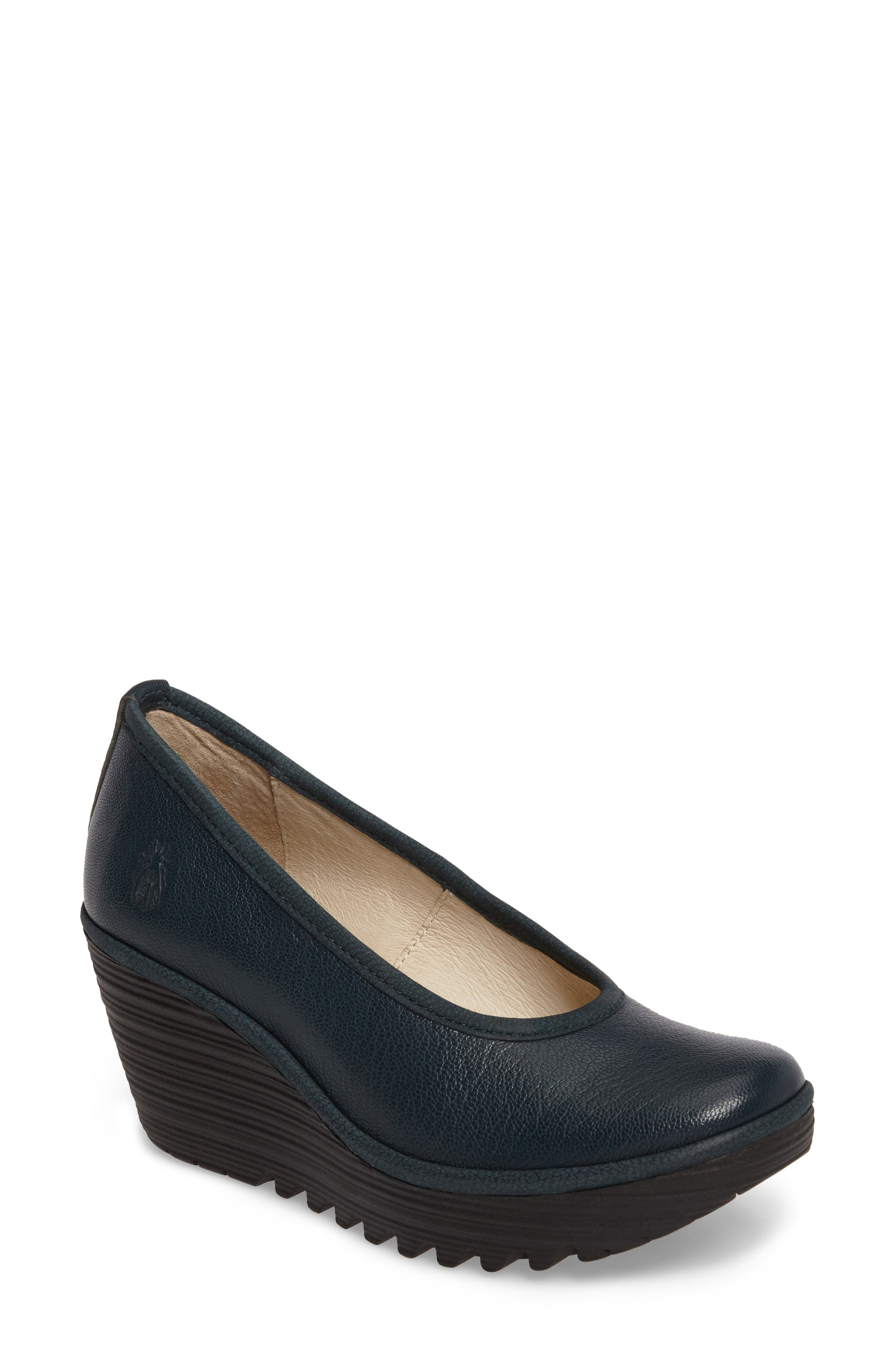 Fly London 'Yalu' Pump (Women)