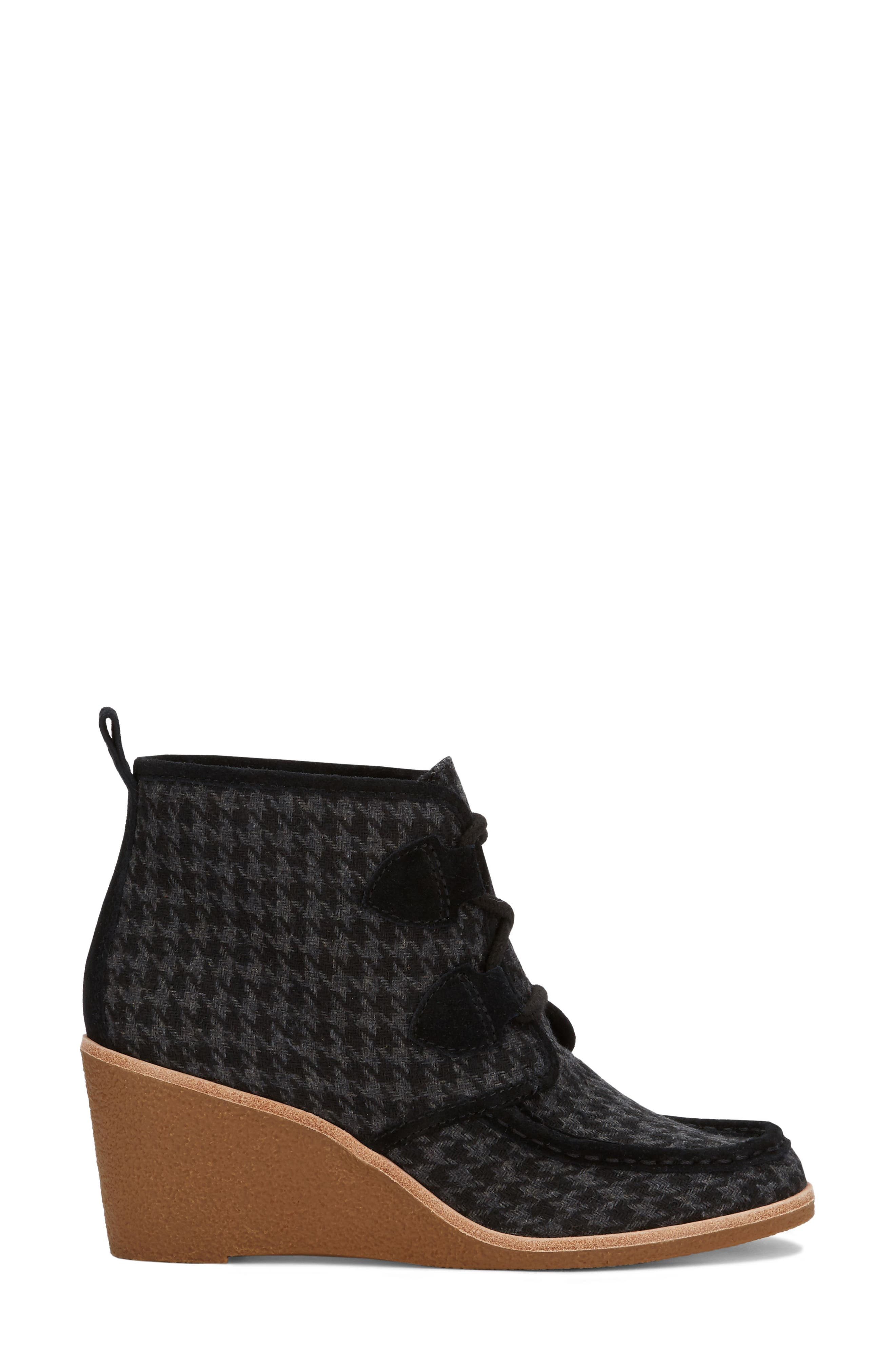 Rosa Wedge Bootie,                             Alternate thumbnail 3, color,                             Black Houndstooth Fabric