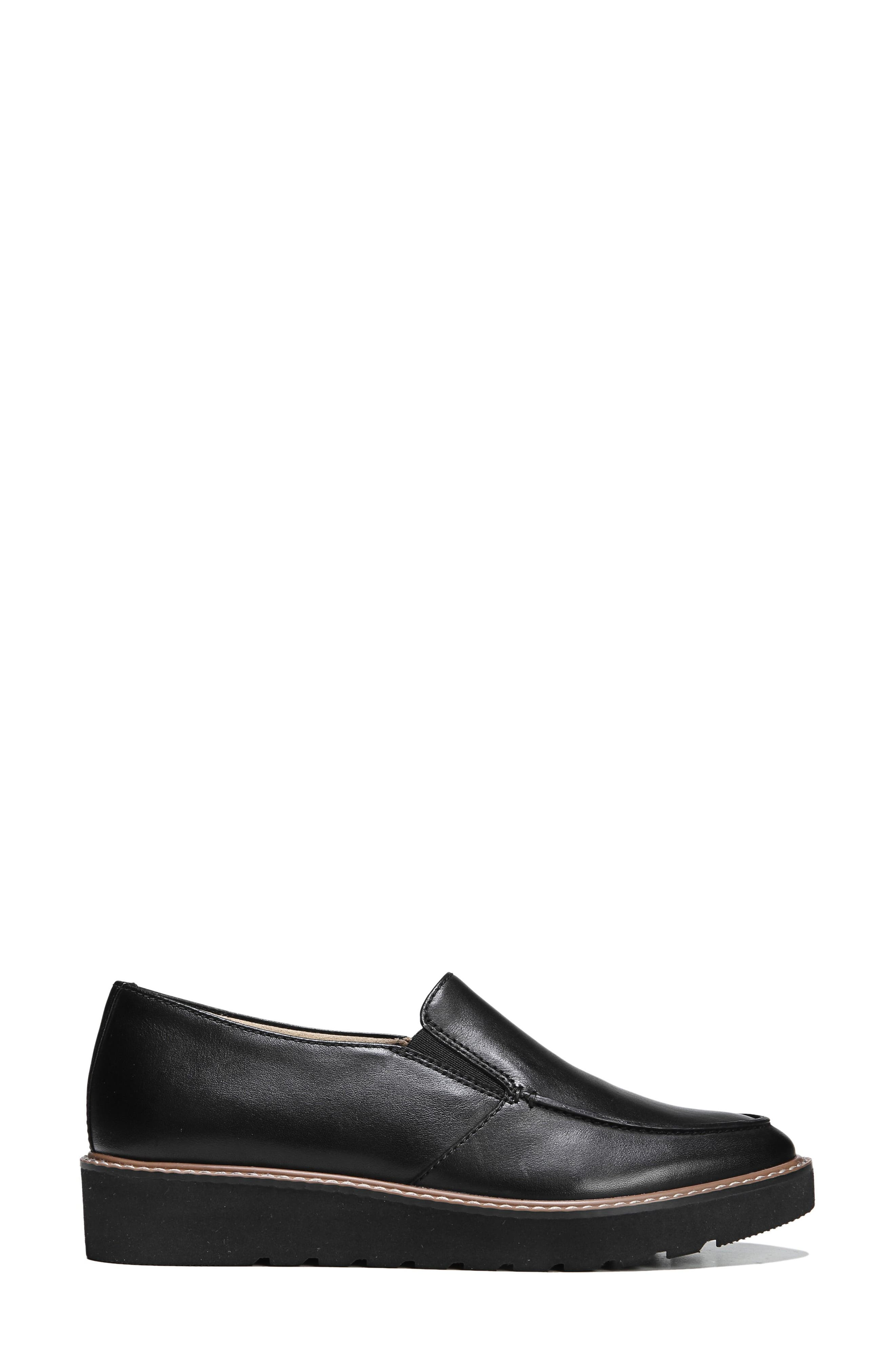 Alternate Image 3  - Naturalizer Aibileen Loafer (Women)