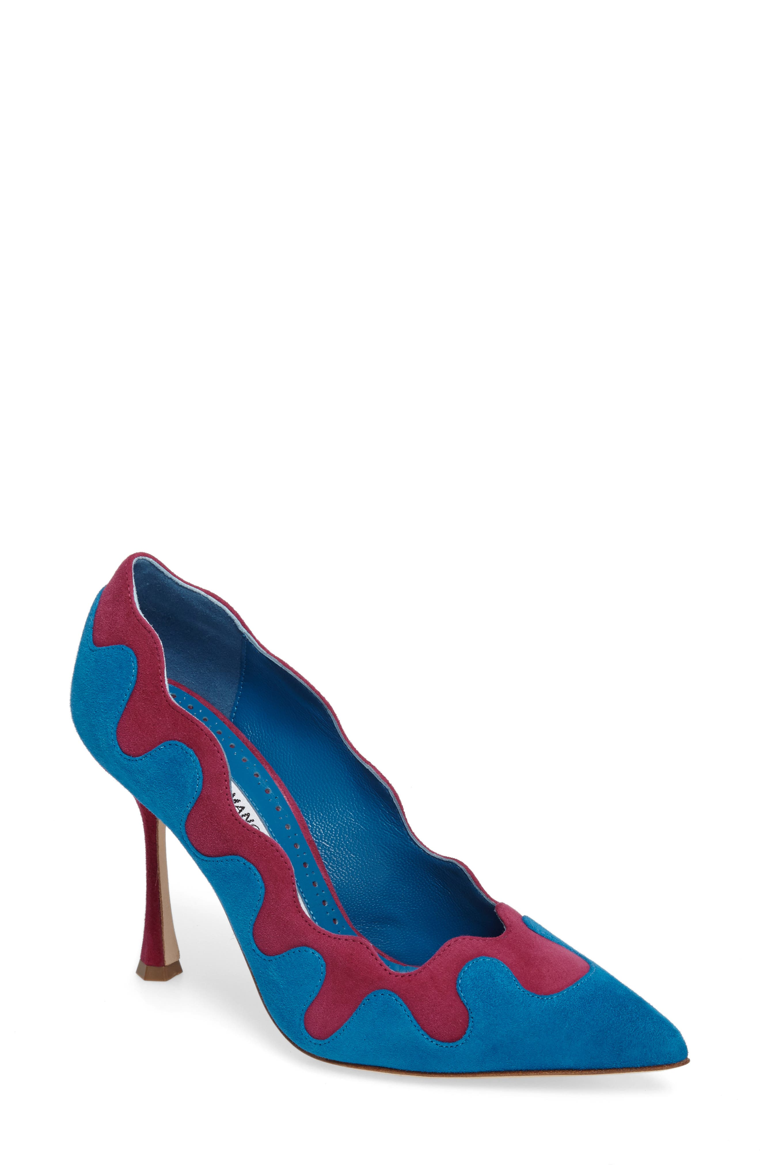 Manolo Blahnik Ulderica Pointy Toe Pump (Women)