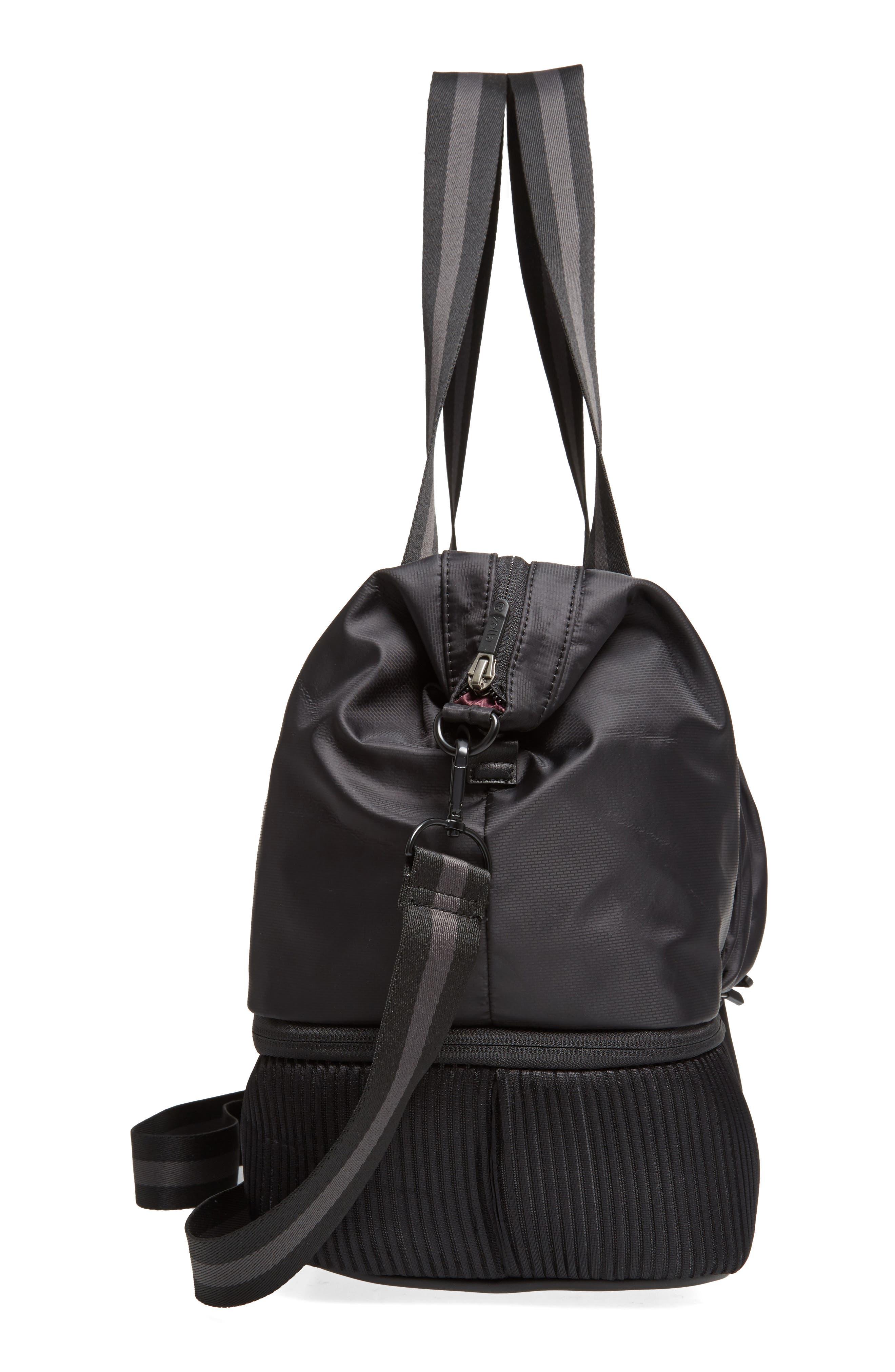 Alternate Image 3  - Zella Alcove Duffel Bag