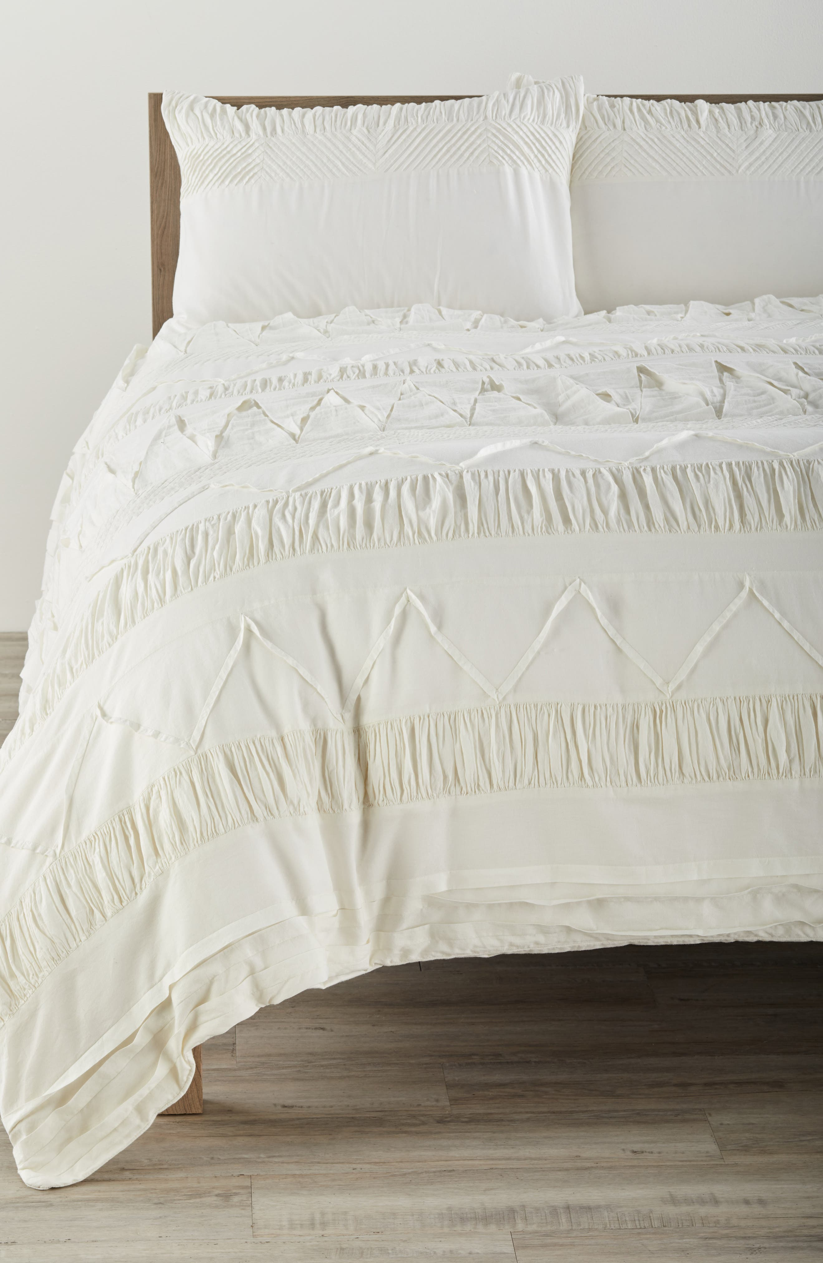 Nordstrom at Home Textured Duvet Cover