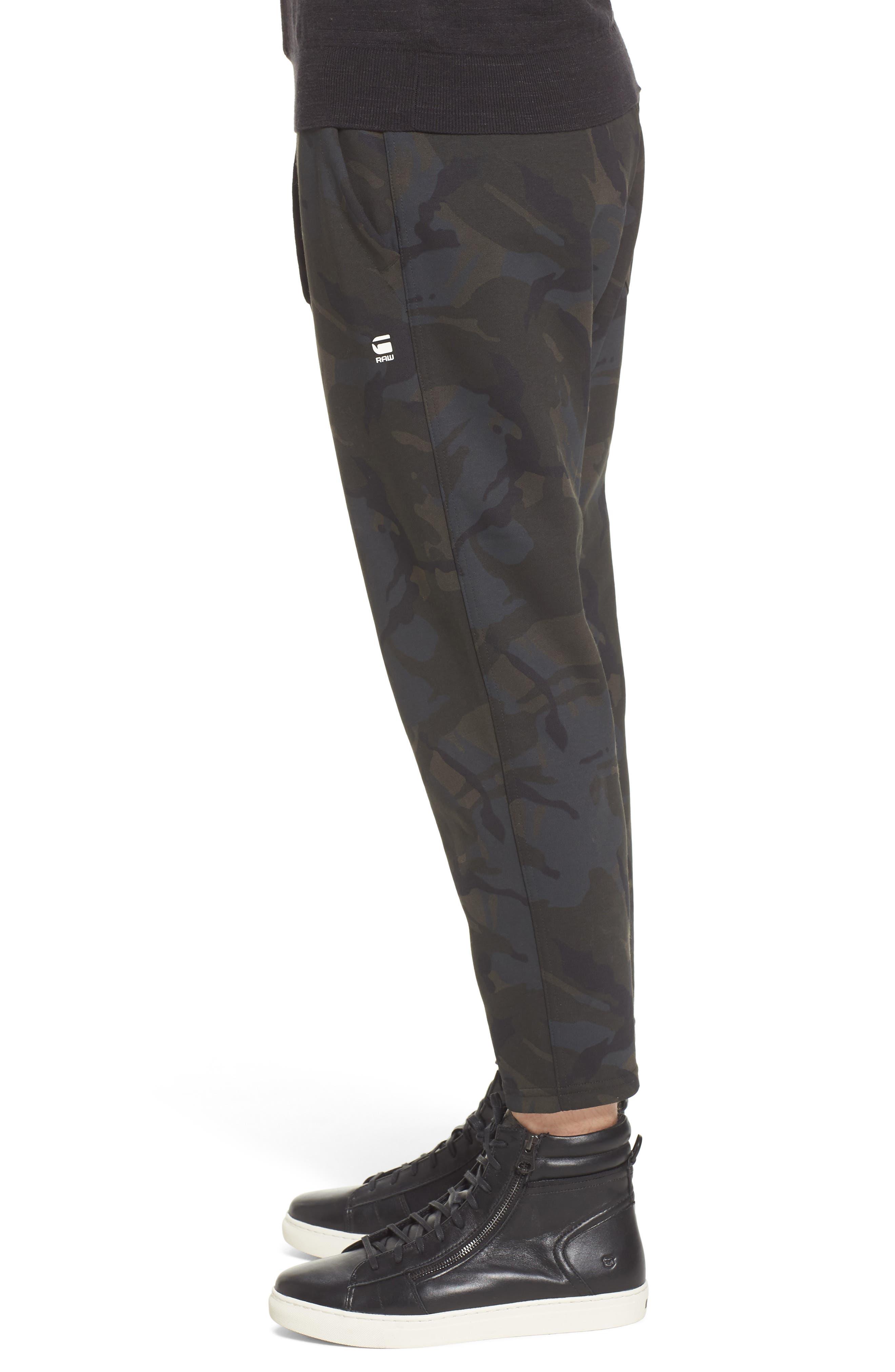 Core Crop Sweatpants,                             Alternate thumbnail 3, color,                             Grey