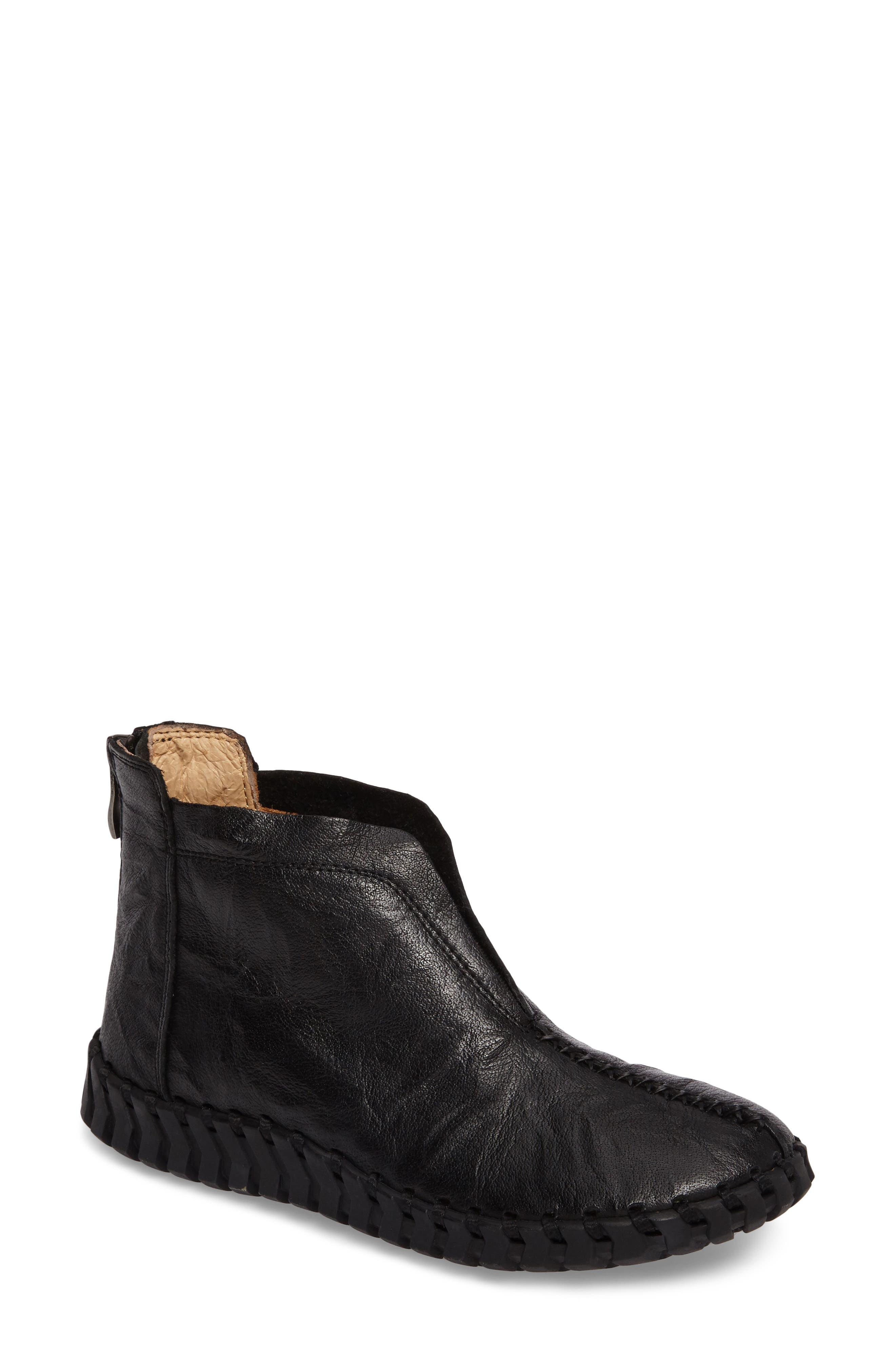 TW79 Bootie,                         Main,                         color, Black Leather