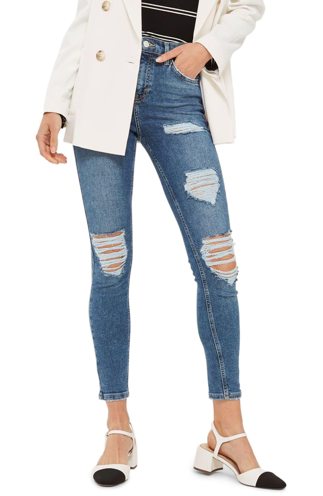 Main Image - Topshop Jamie Distressed Ankle Skinny Jeans