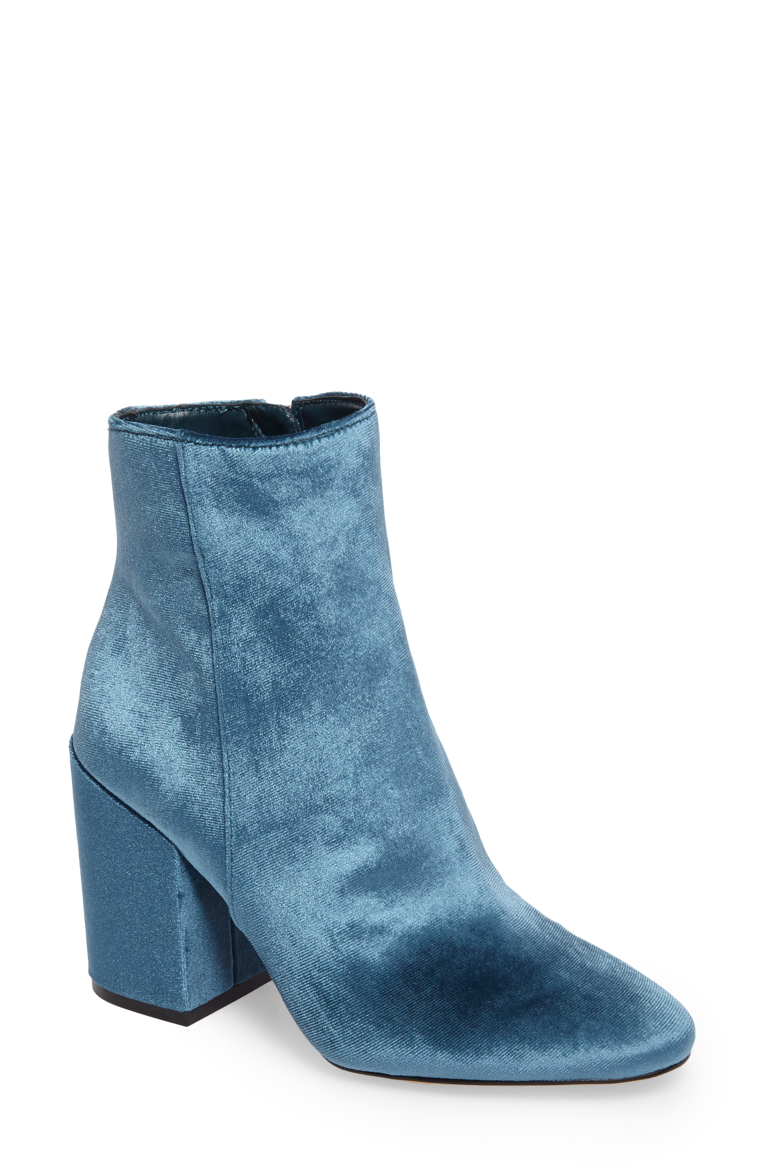 Alternate Image 1 Selected - Vince Camuto Destilly 2 Bootie (Women)