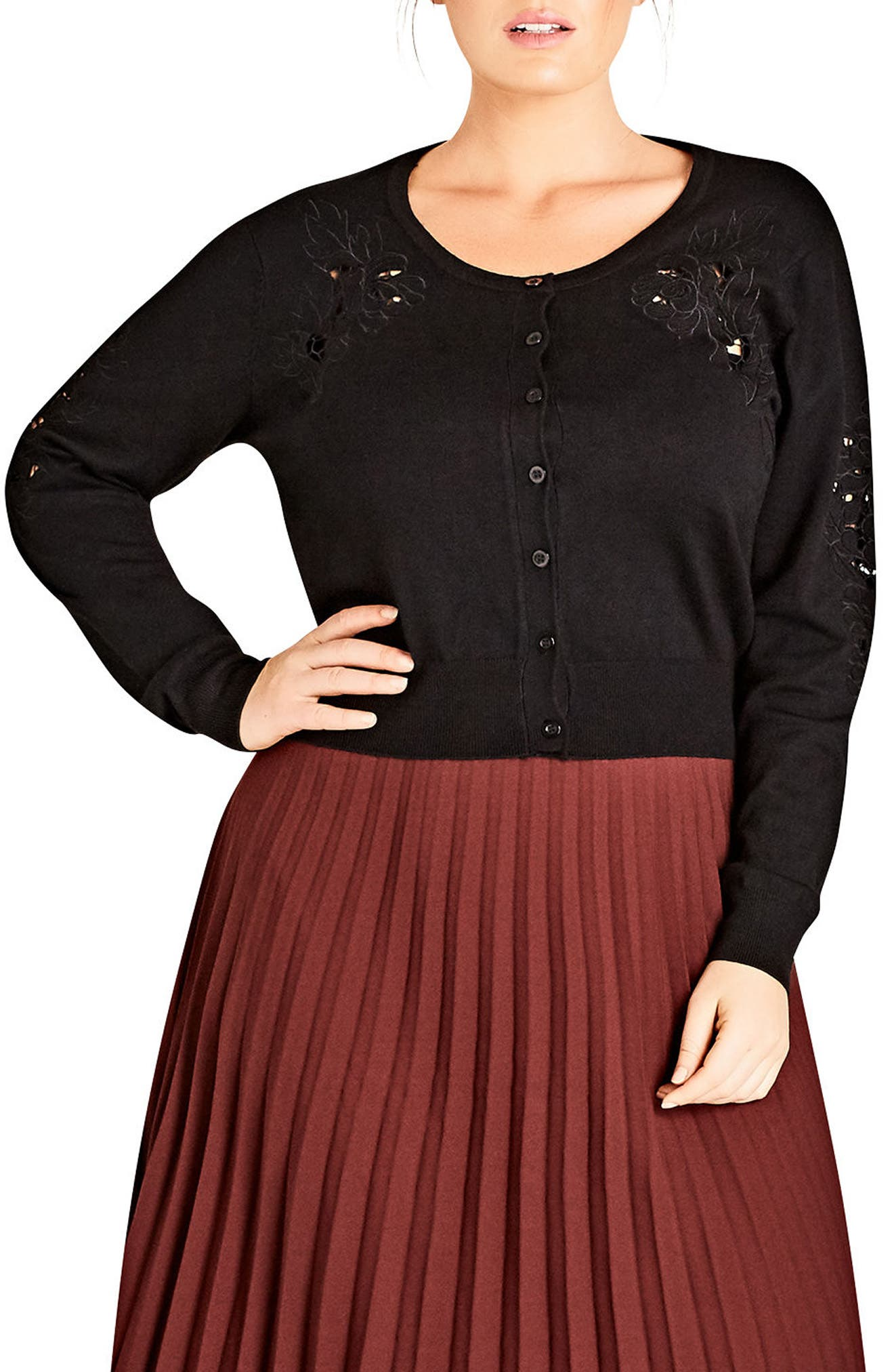 Main Image - City Chic Sweet Appliqué Crop Cardigan (Plus Size)