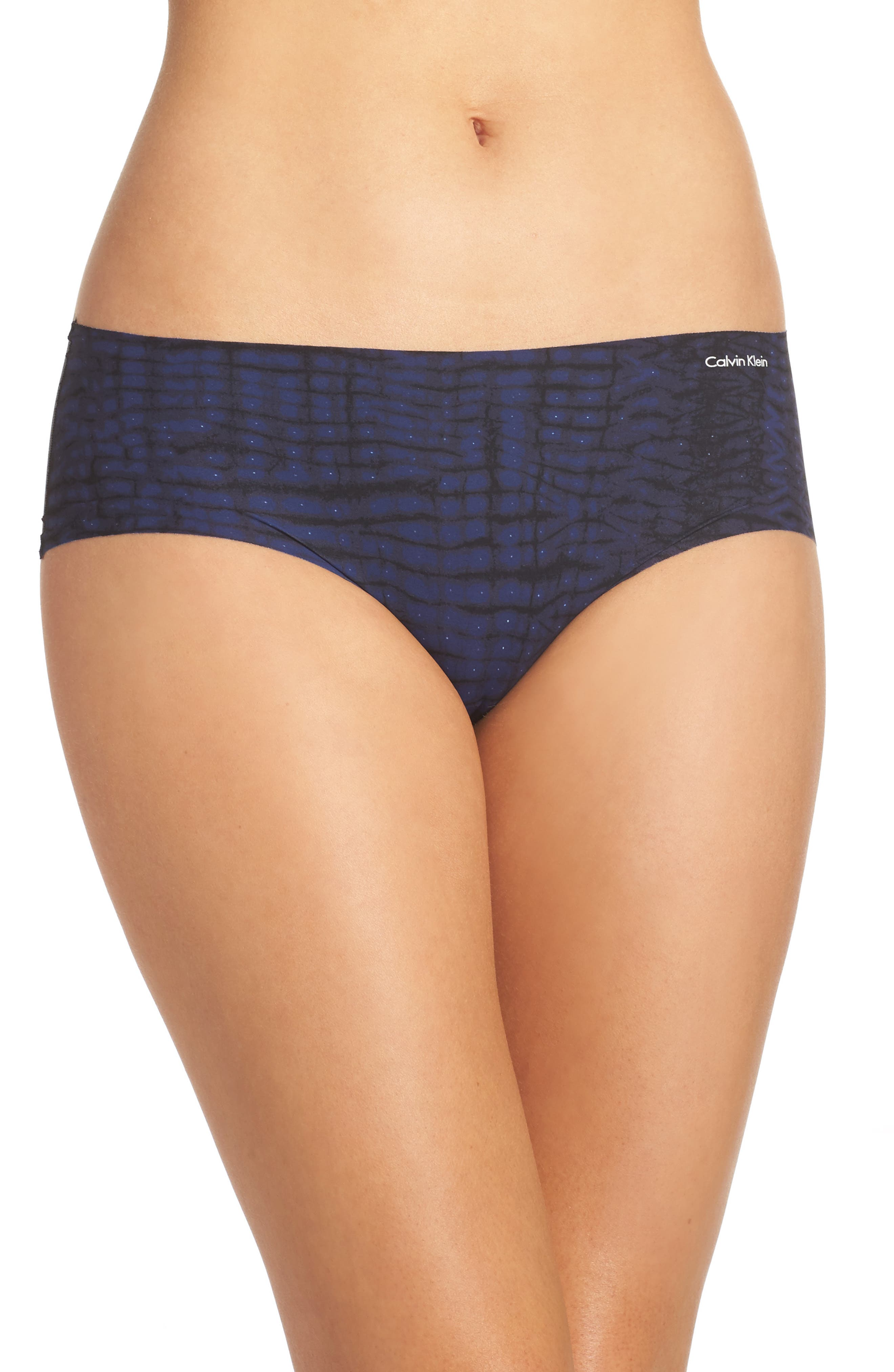 Alternate Image 1 Selected - Calvin Klein Invisibles Hipster Briefs (3 for $33)