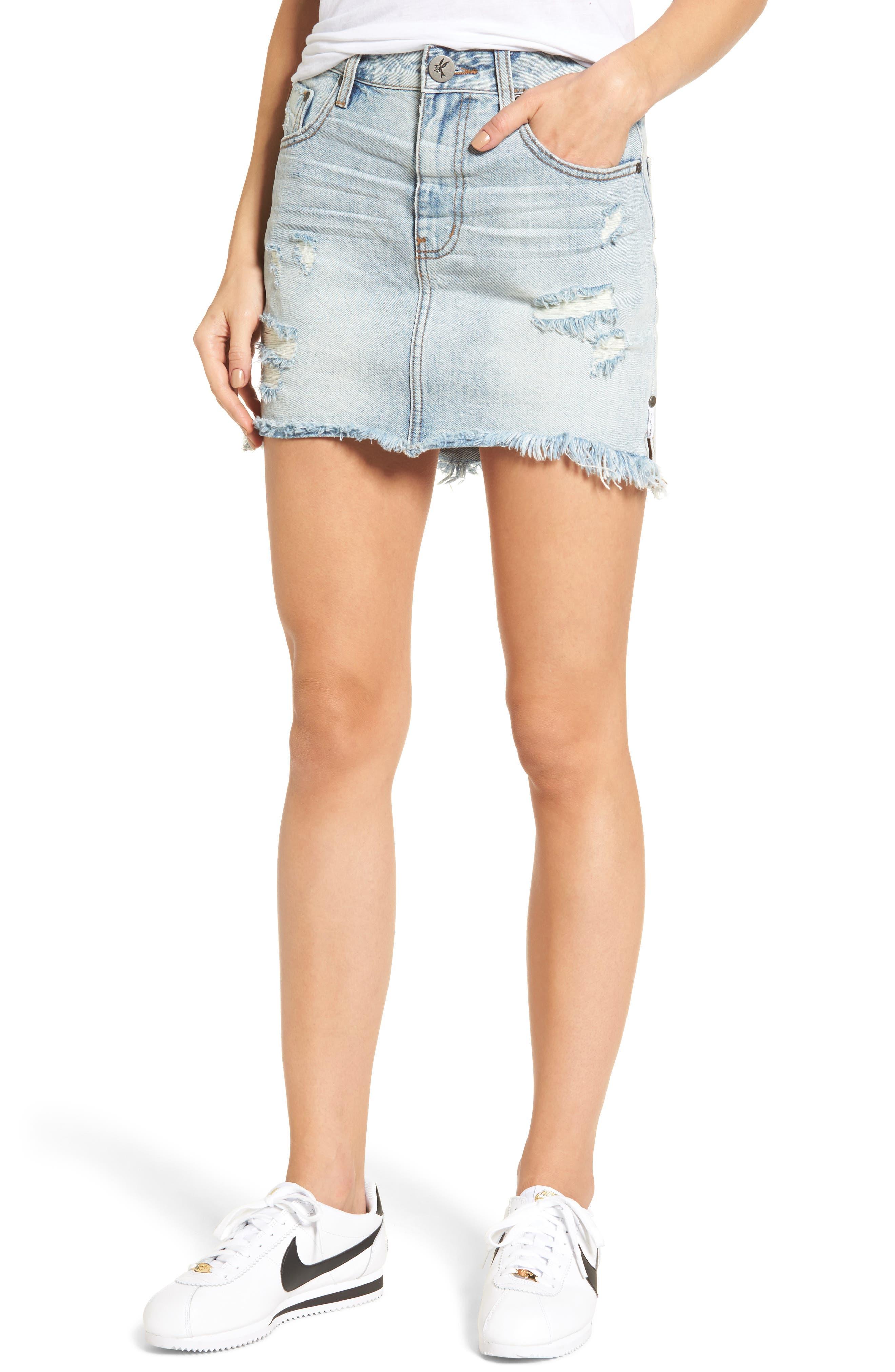 One Teaspoon 2020 Distressed Denim Miniskirt (Blue Hart)
