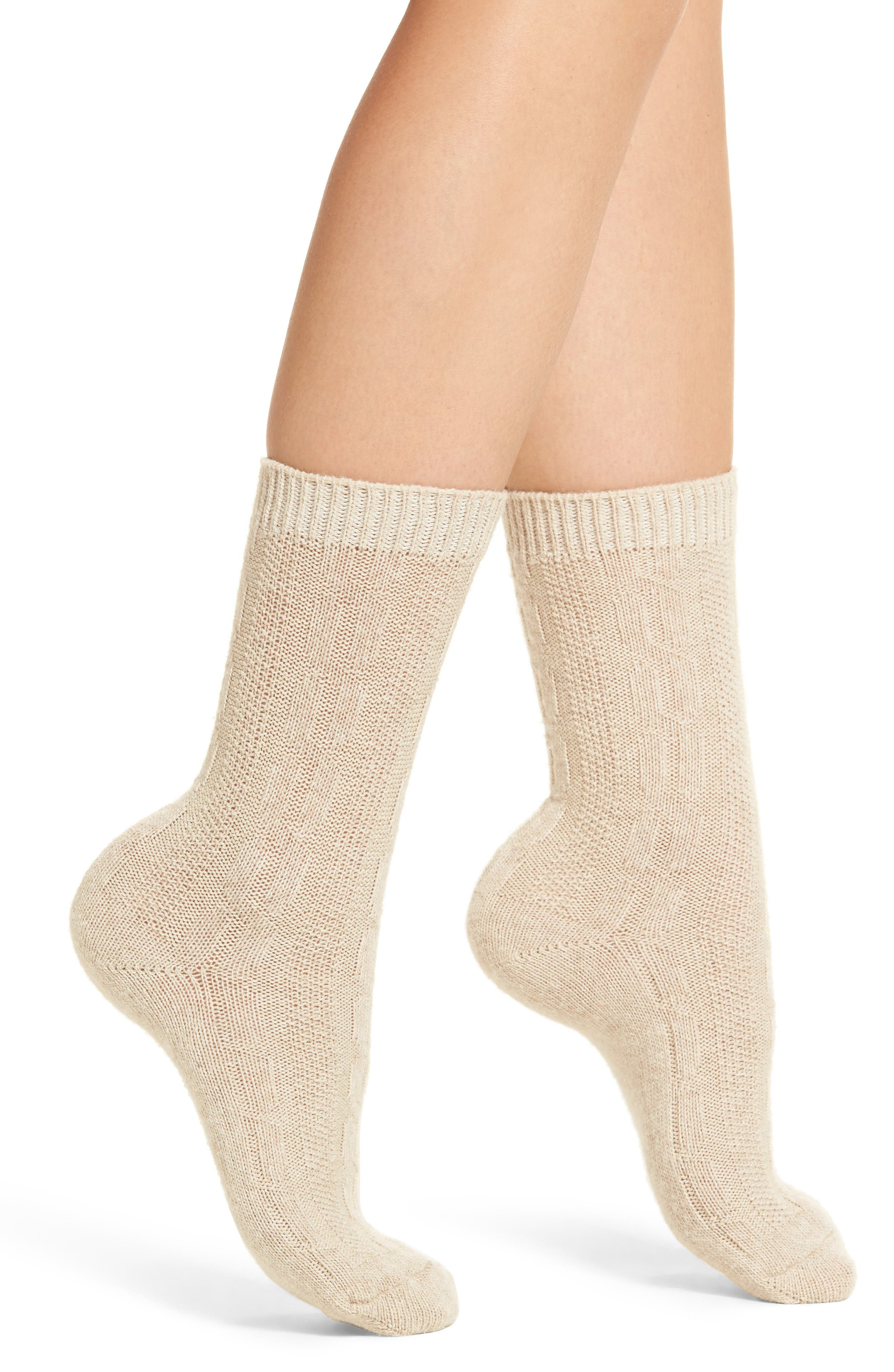 Nordstrom 'Luxury' Cable Knit Crew Socks