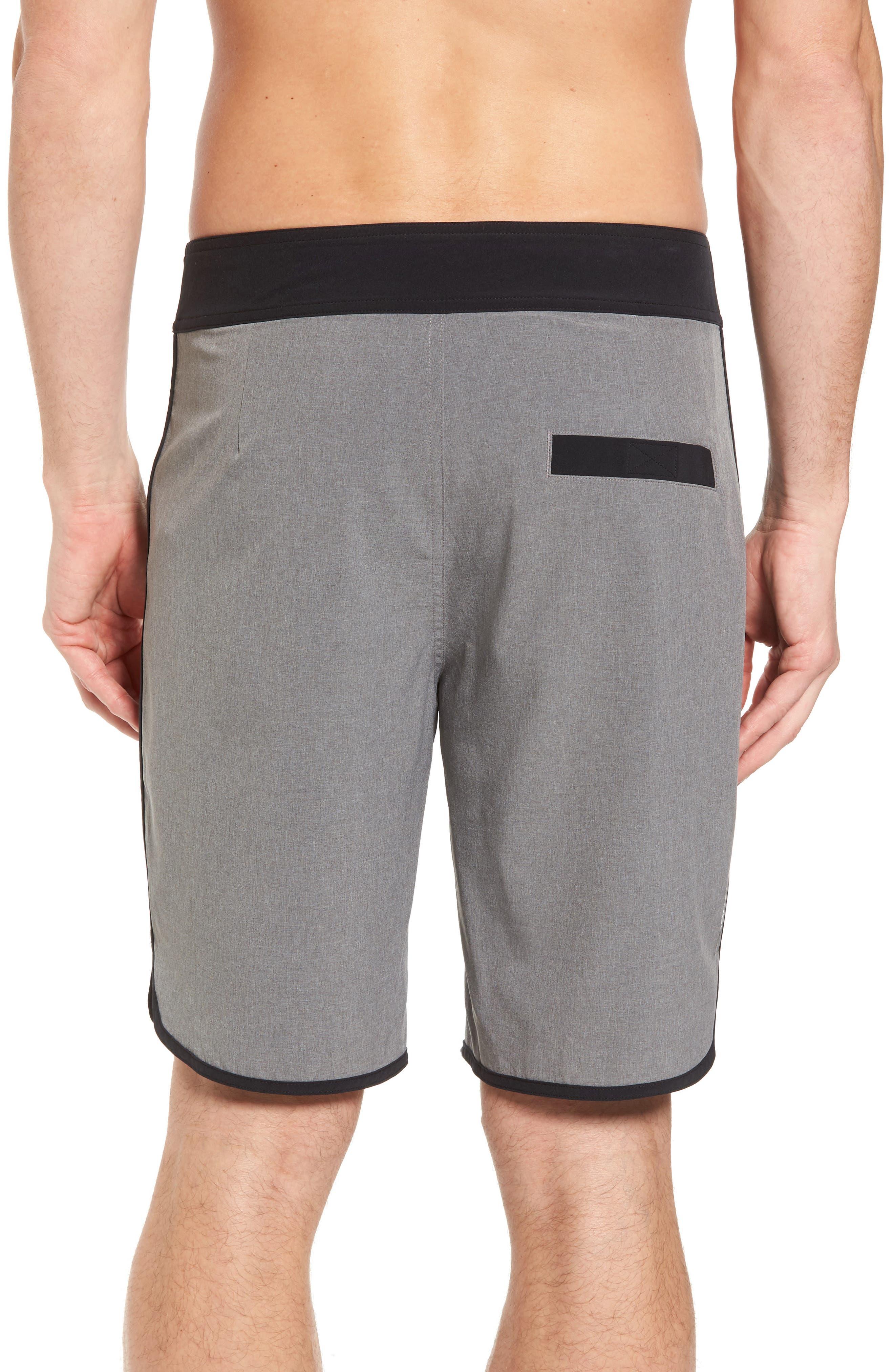 Alternate Image 2  - Beachbody Flex Hybrid Athletic Shorts