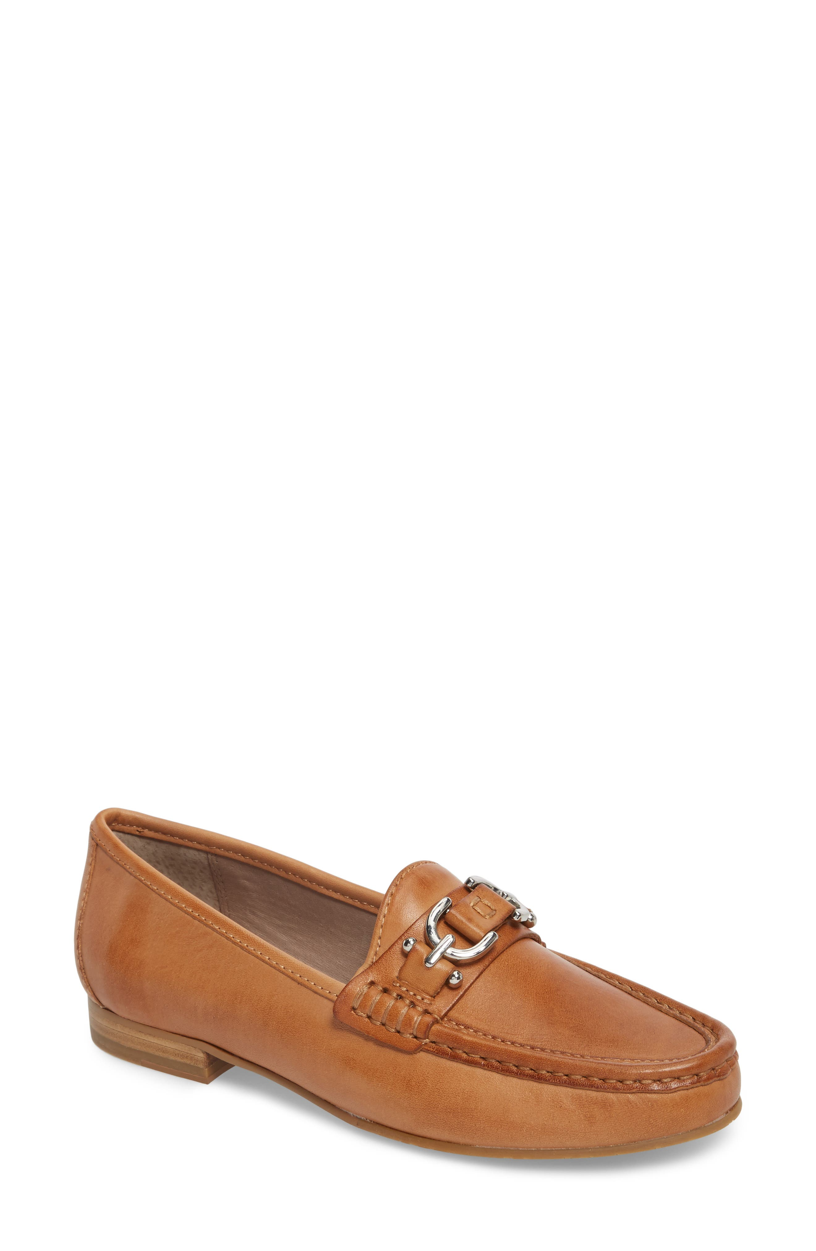 224d1907879 Donald J Pliner Suzy Loafer In Fawn Leather