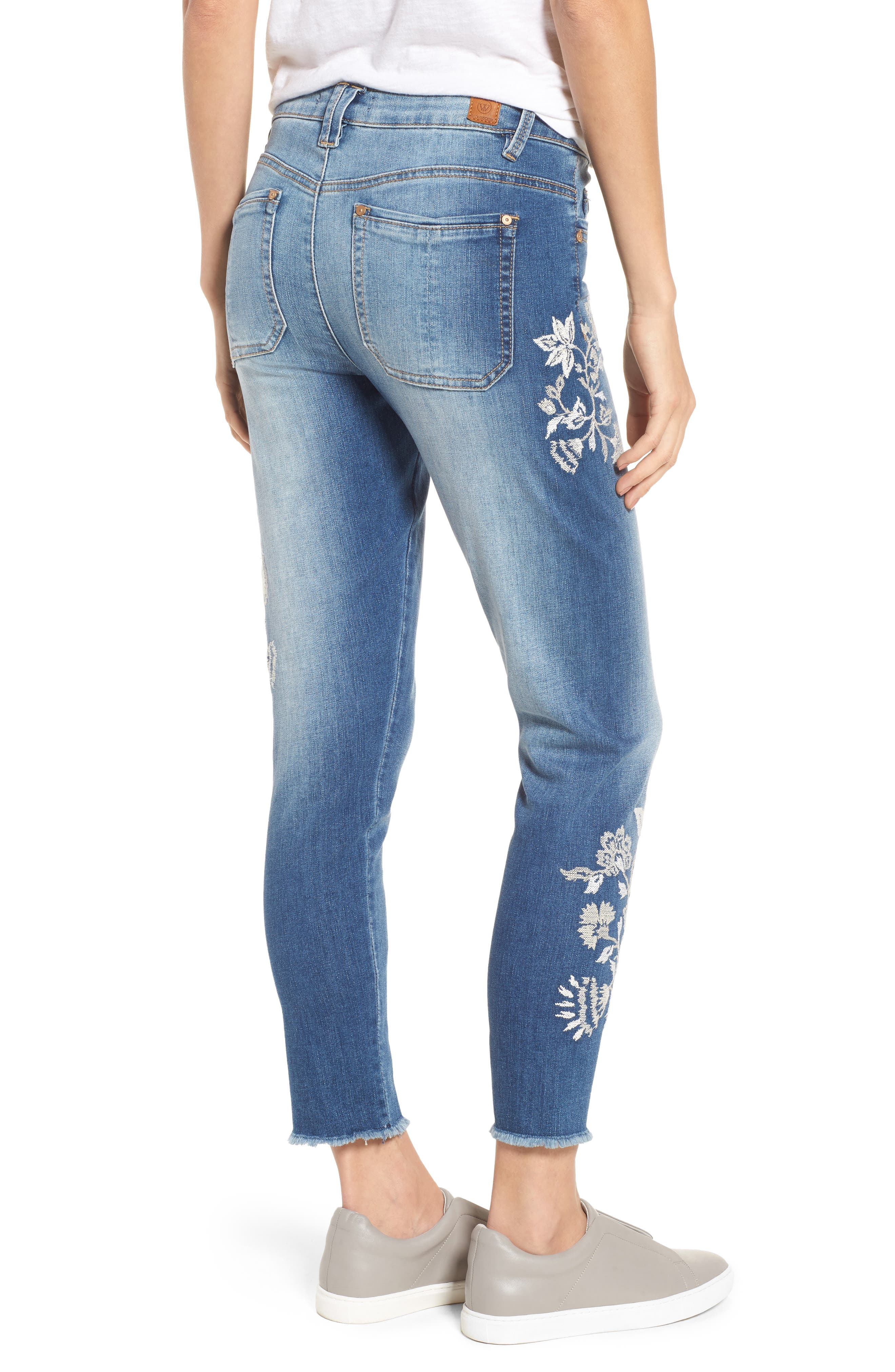 Alternate Image 3  - Wit & Wisdom Embroidered Frayed Hem Ankle Jeans (Nordstrom Exclusive) (Regular & Petite)