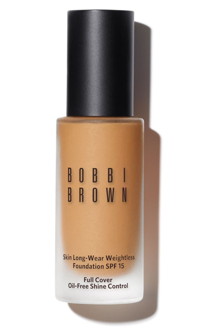 What Foundations Do Makeup Artists Use: Bobbi Brown Skin Long-Wear Weightless Foundation SPF 15