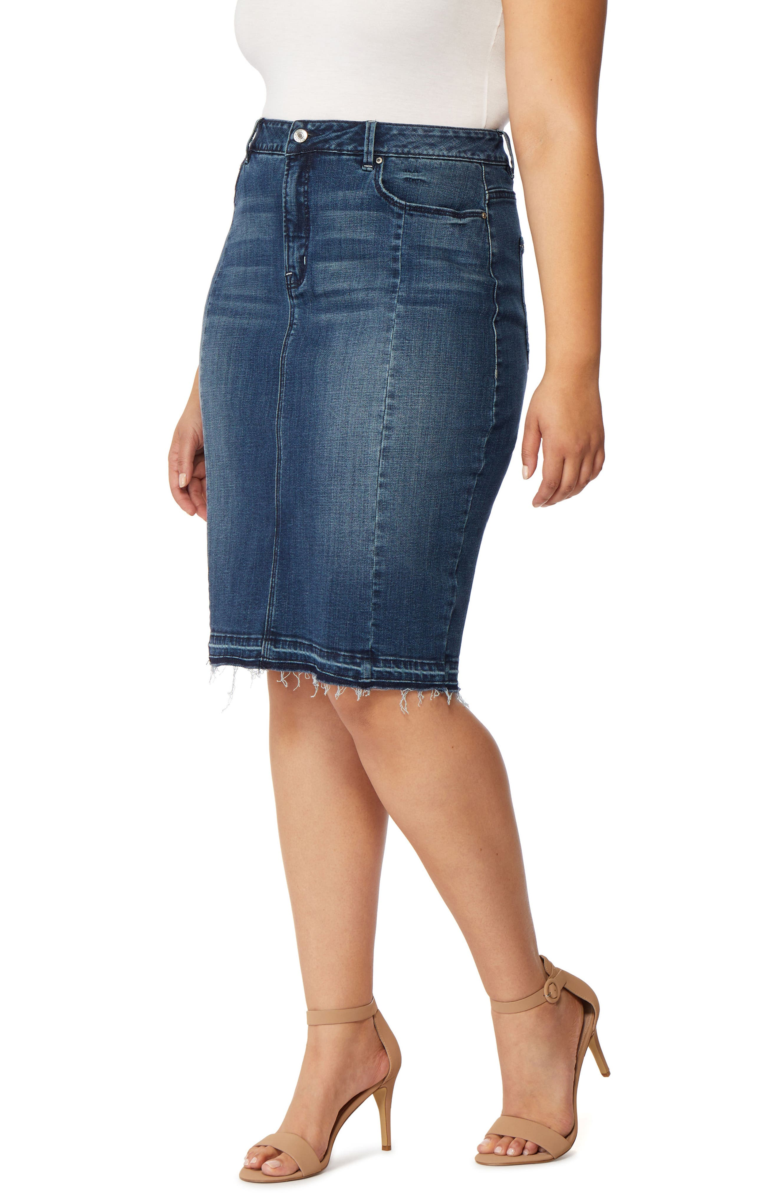 Rebel Wilson x Angels The Divine Released Hem Denim Pencil Skirt (Plus Size)