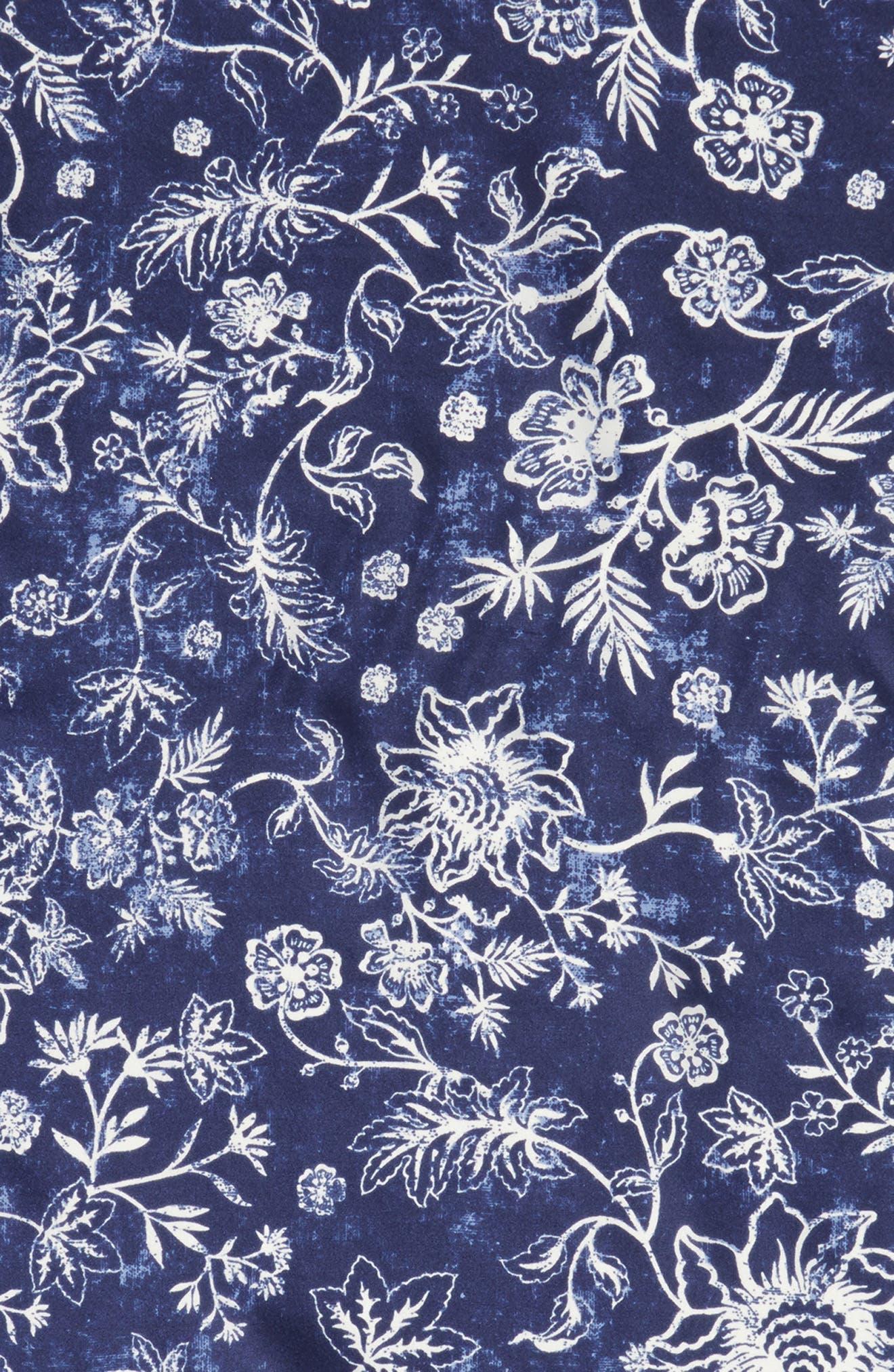 Alternate Image 4  - Treasure & Bond Print Silk Neckerchief