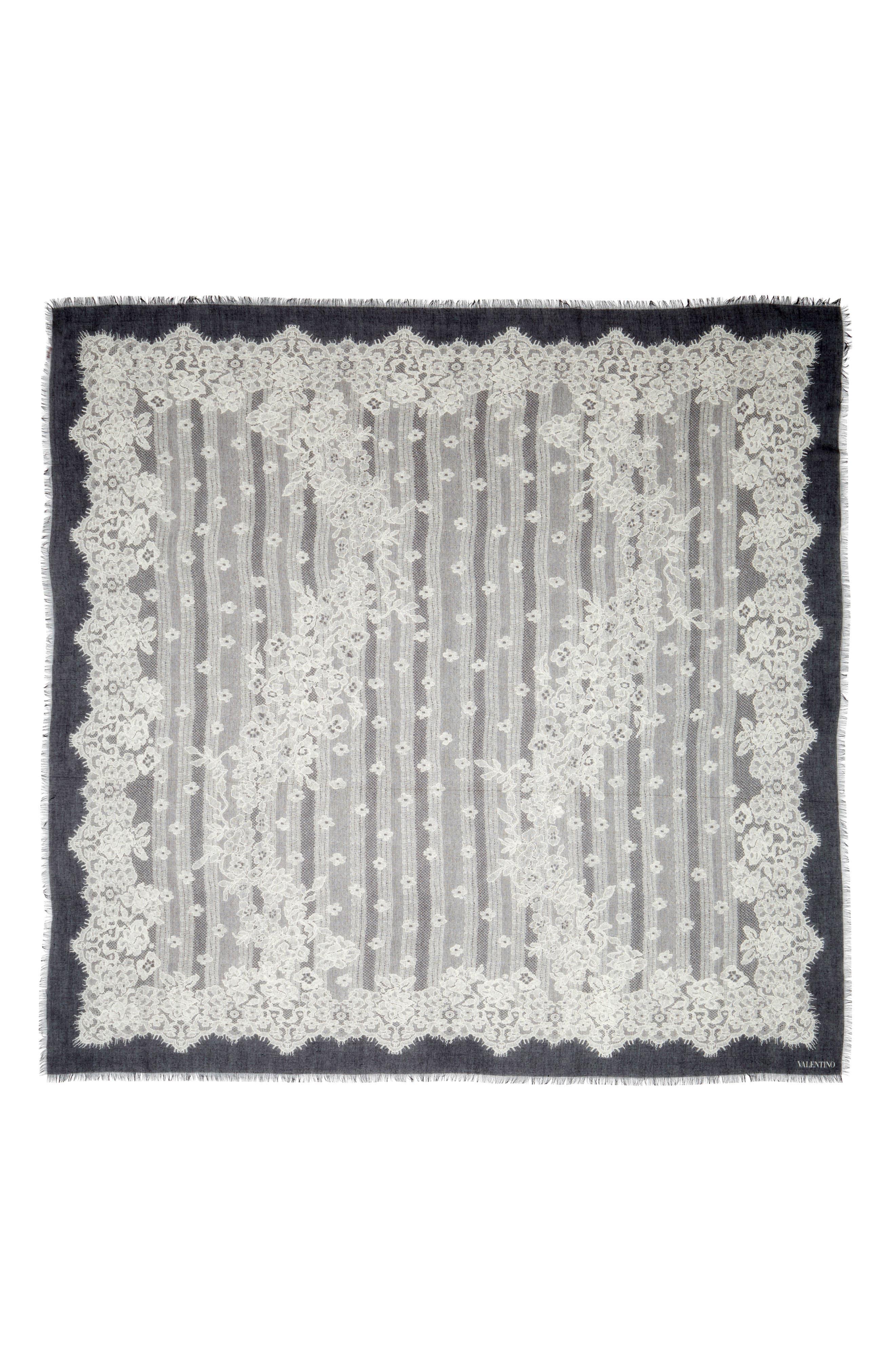 Main Image - VALENTINO GARAVANI Grand Hauteur Lace Print Wrap