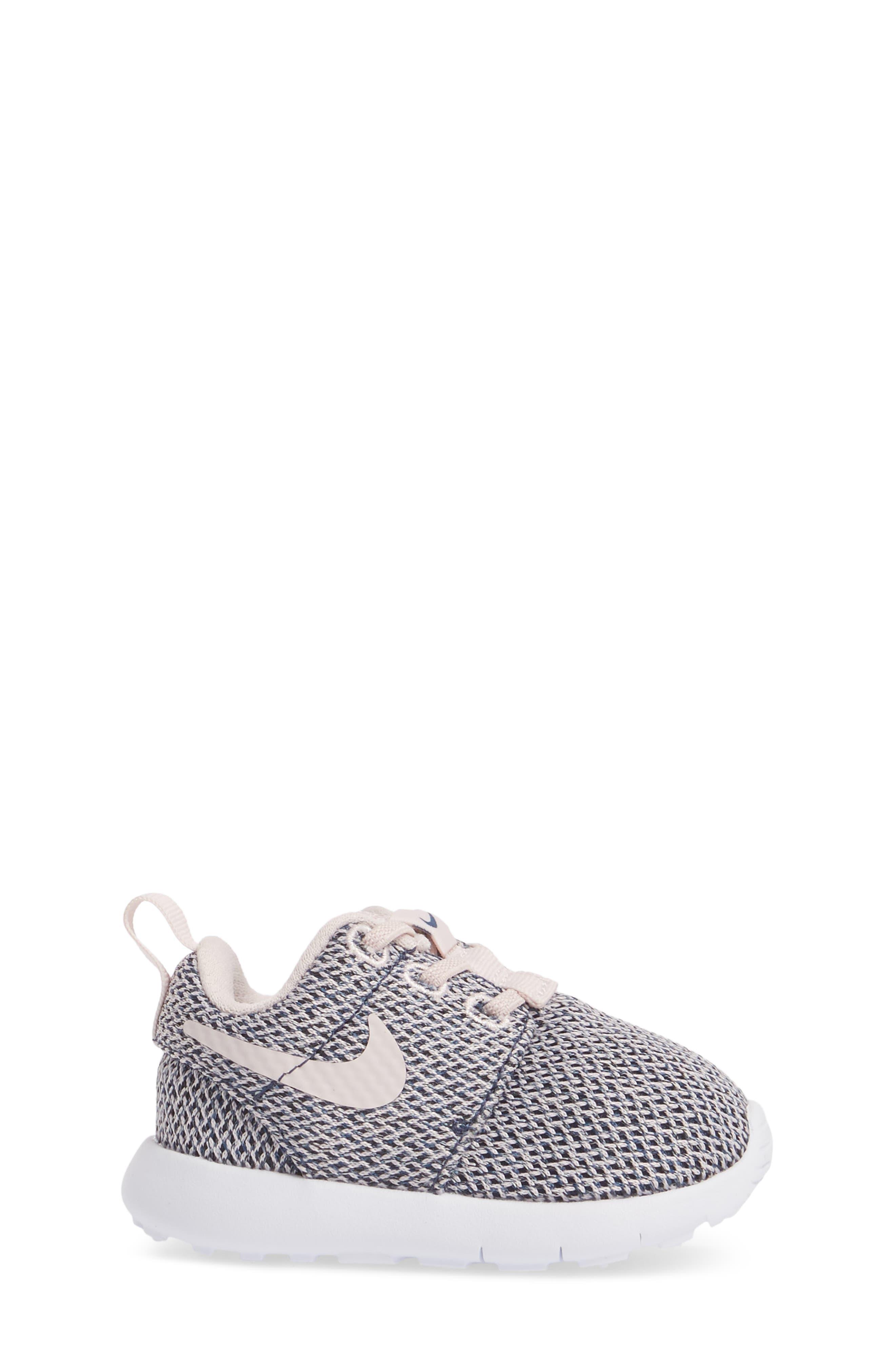 Alternate Image 3  - Nike Roshe Run Sneaker (Baby, Walker & Toddler)