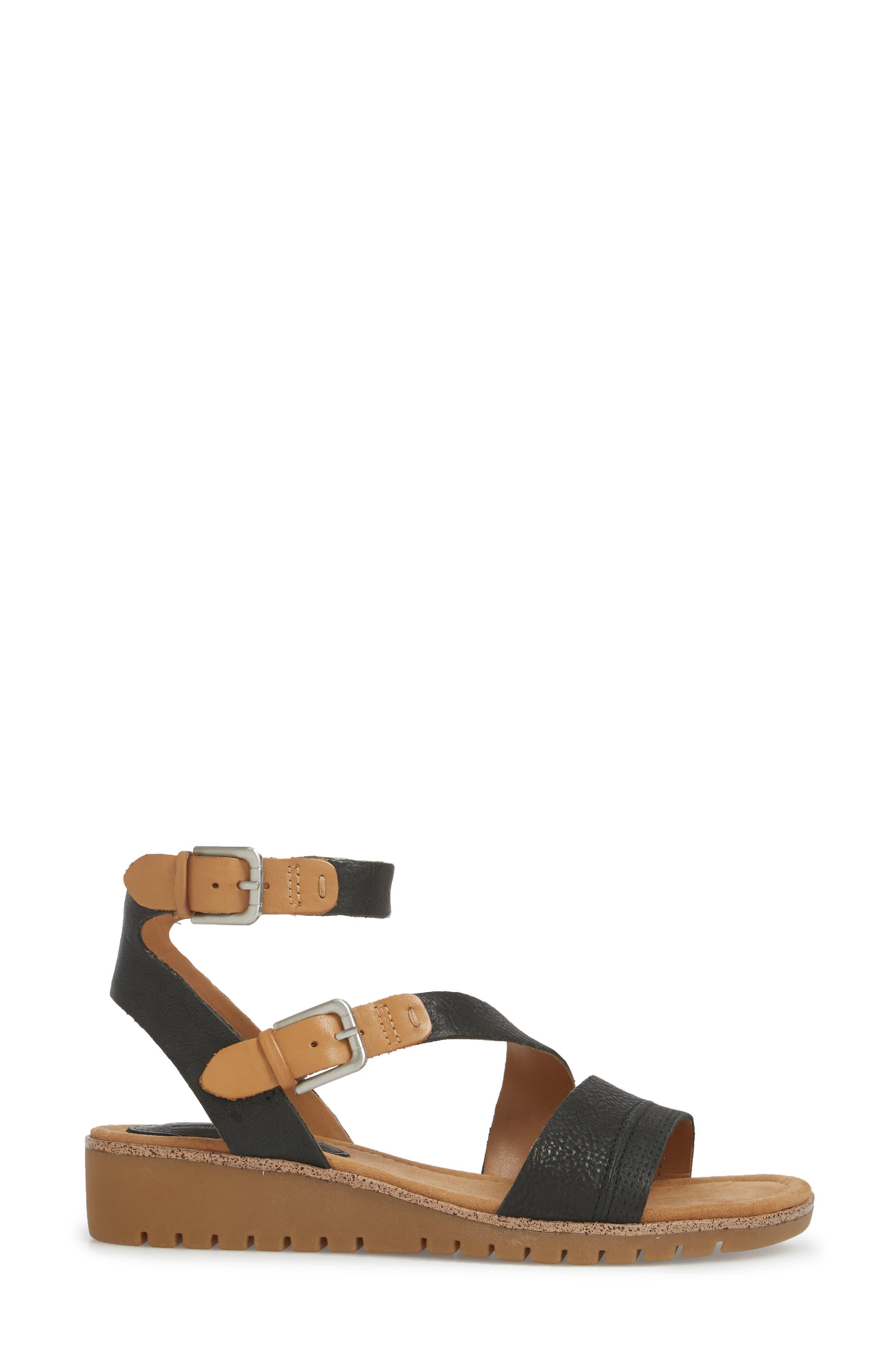 Corvina Sandal,                             Alternate thumbnail 3, color,                             Black/ Sand Leather