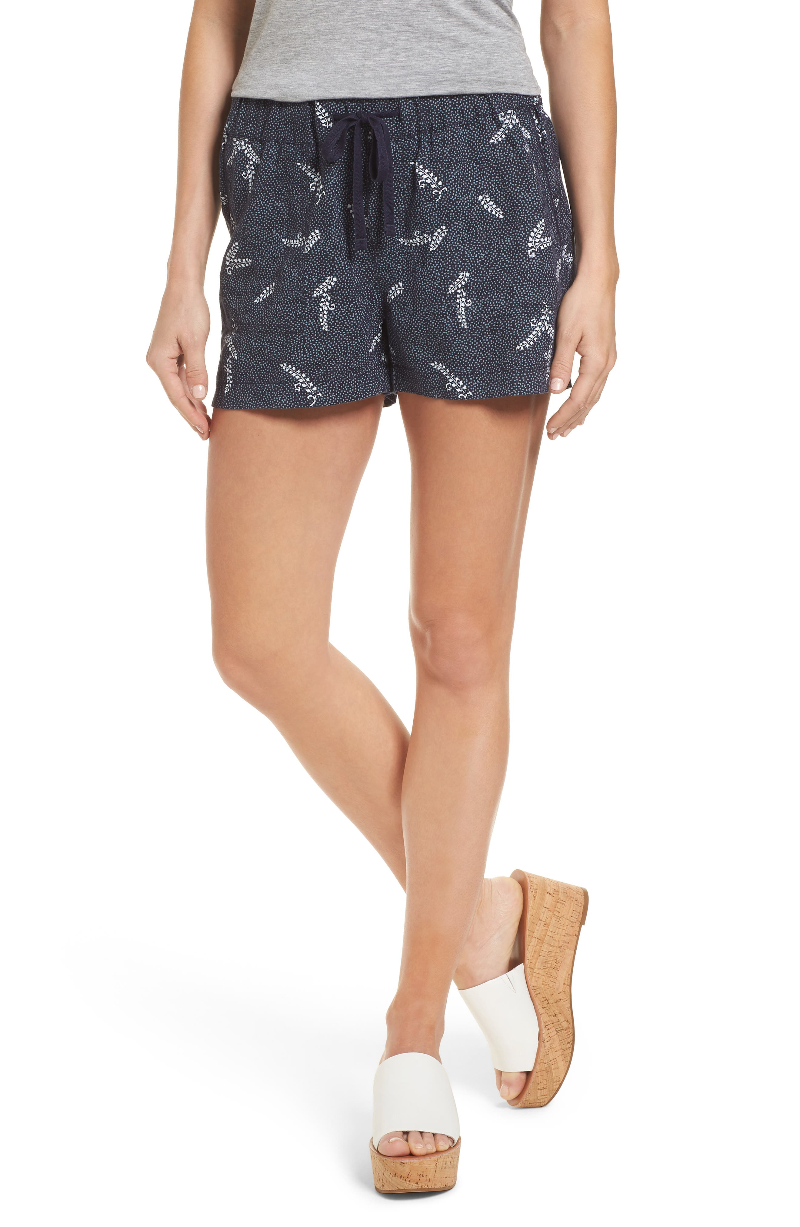Caslon® Linen Shorts (Regular & Petite)