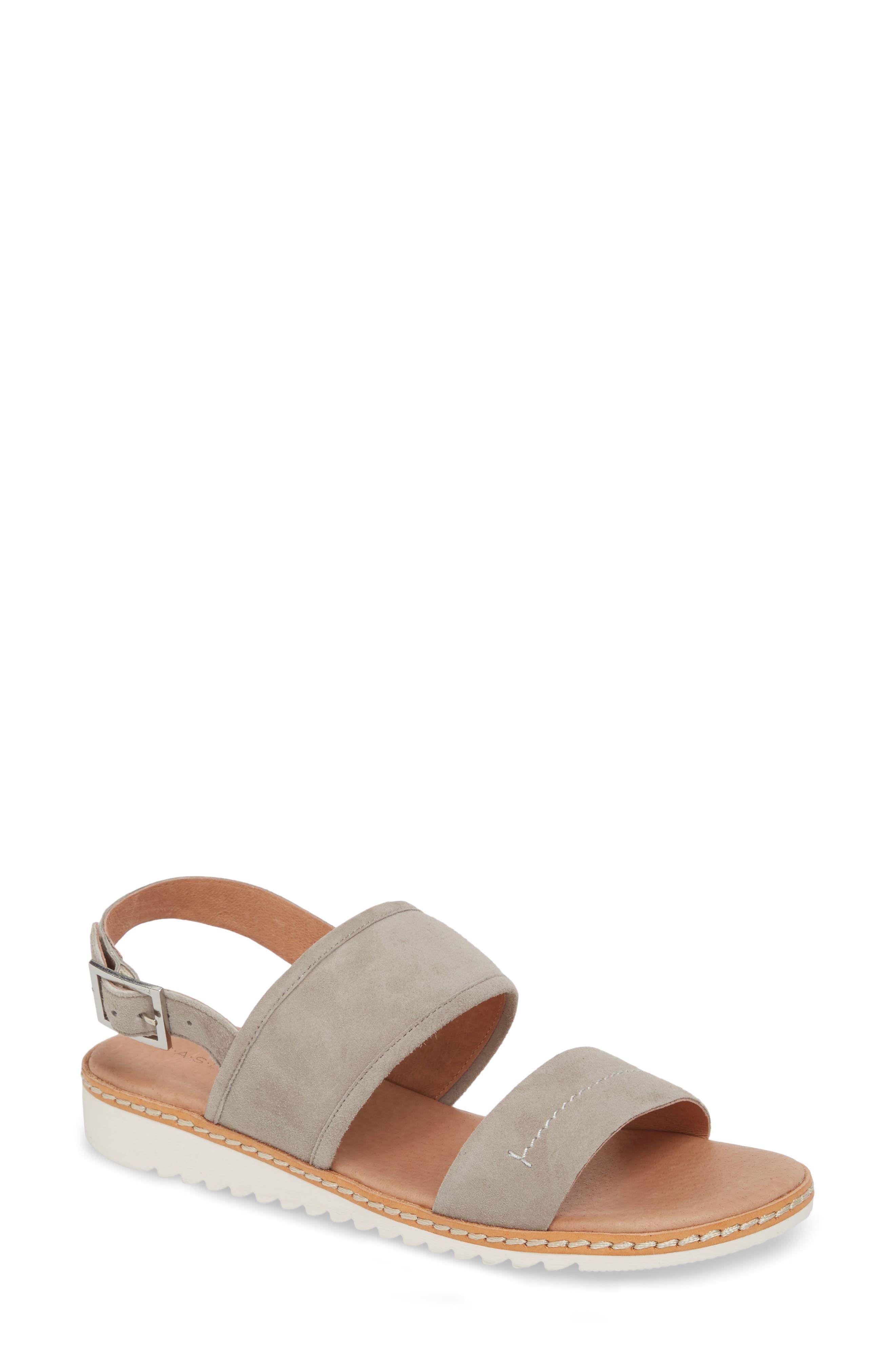 Caslon® Claire Slingback Sandal (Women)