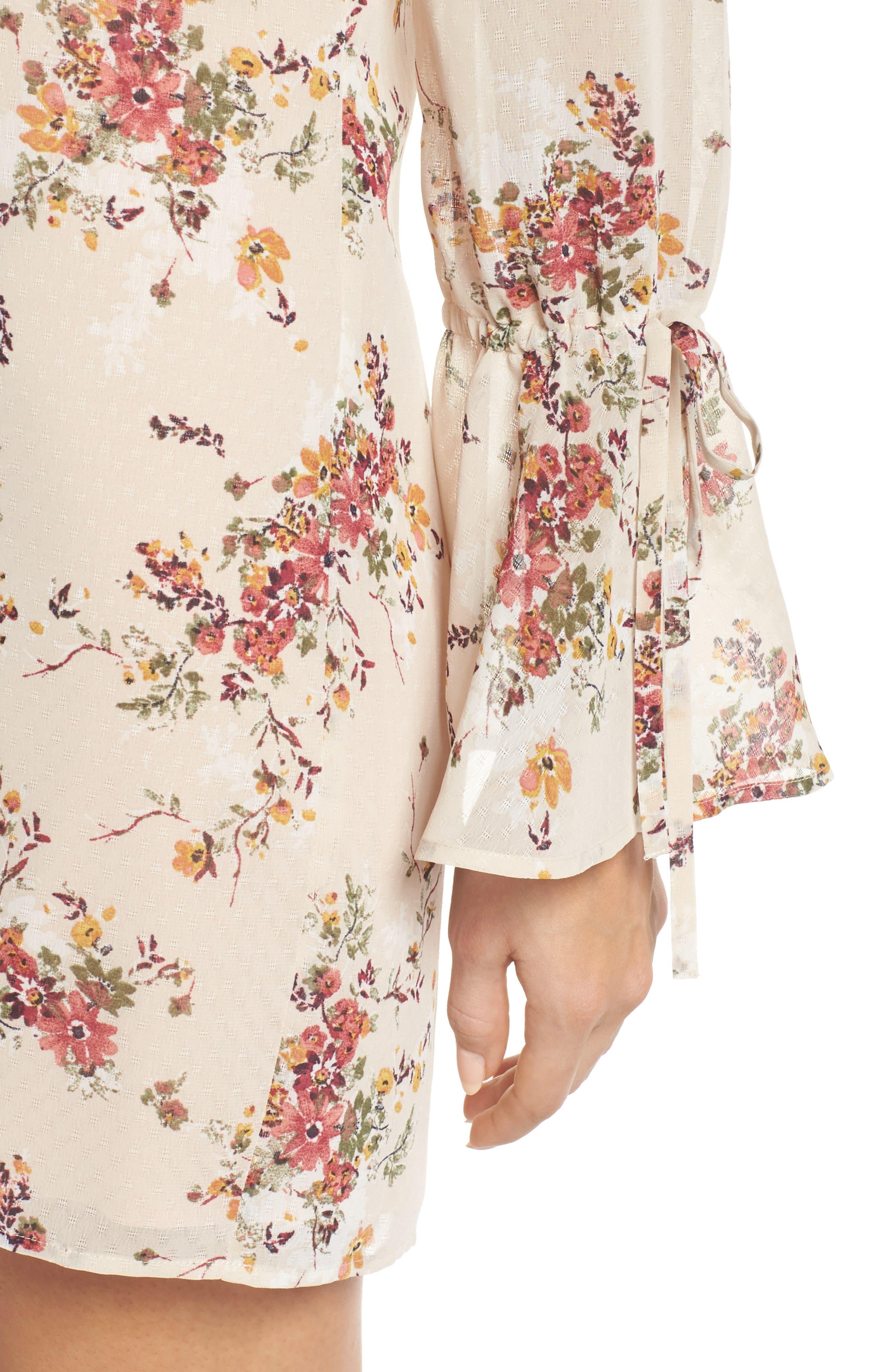 It's Love Floral Off the Shoulder Shift Dress,                             Alternate thumbnail 4, color,                             Crme Vintage Bouquet