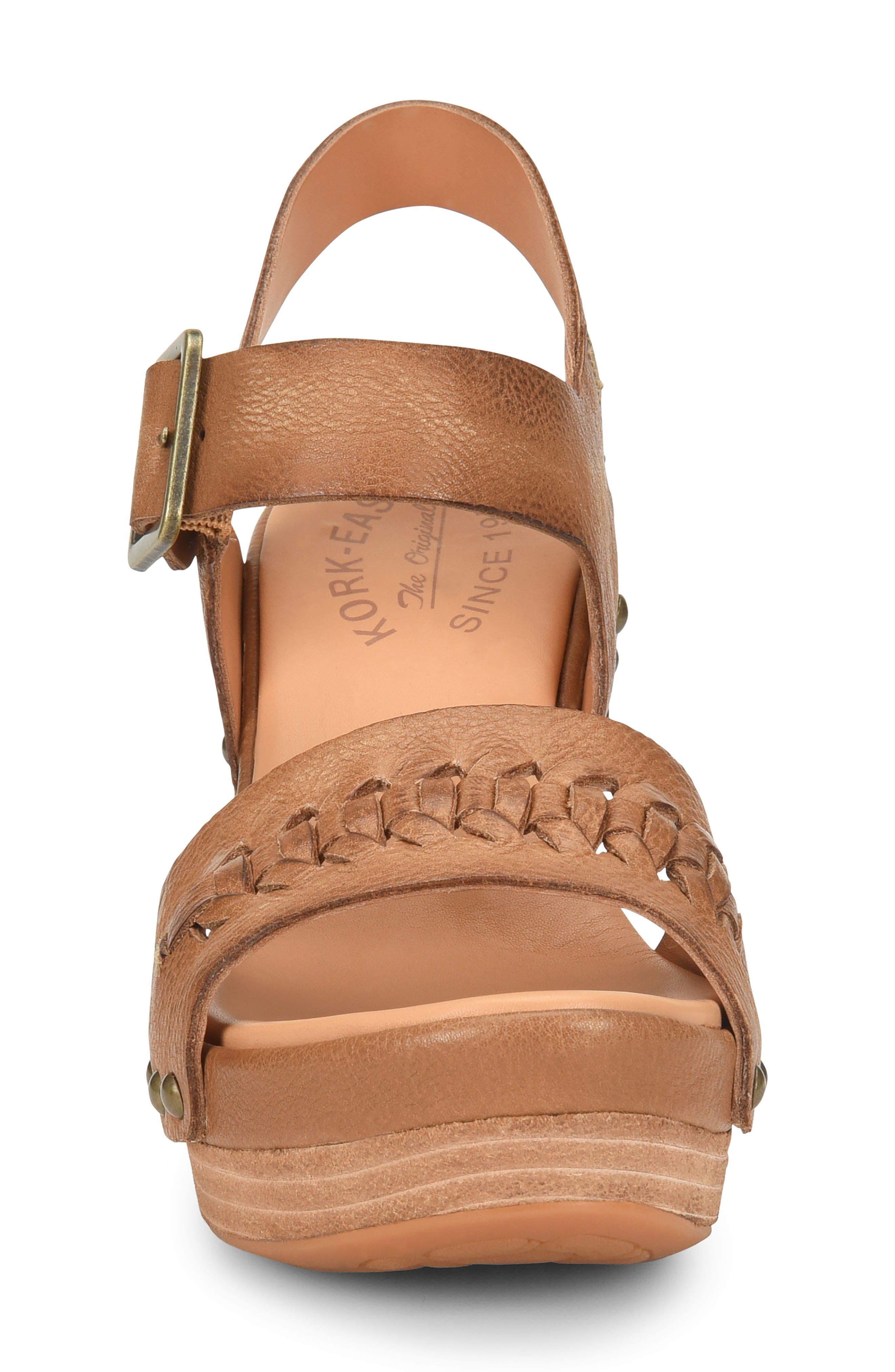 Pasilla Platform Sandal,                             Alternate thumbnail 4, color,                             Light Brown Leather