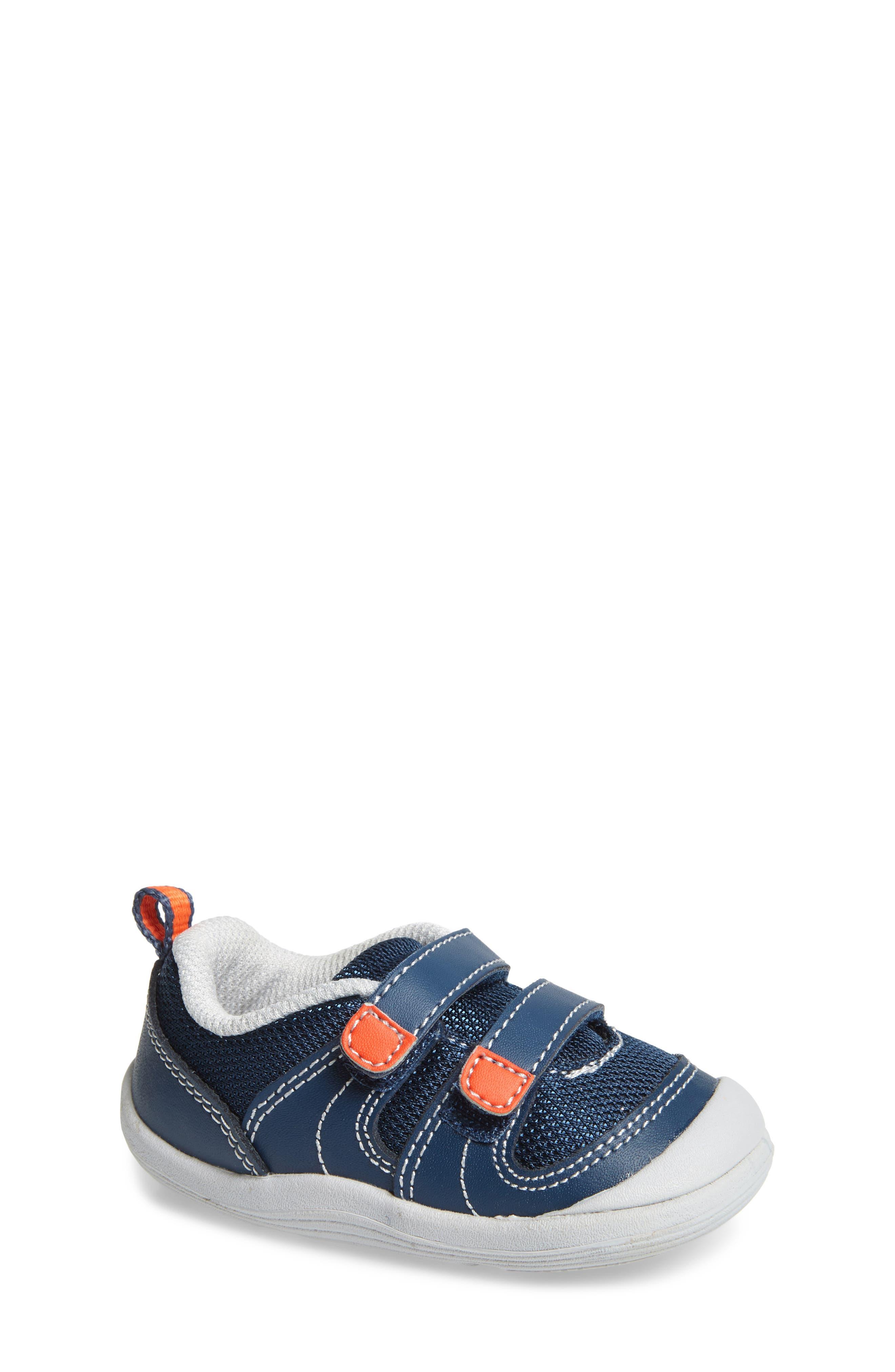 Tucker + Tate Kieran Sneaker (Baby & Walker)