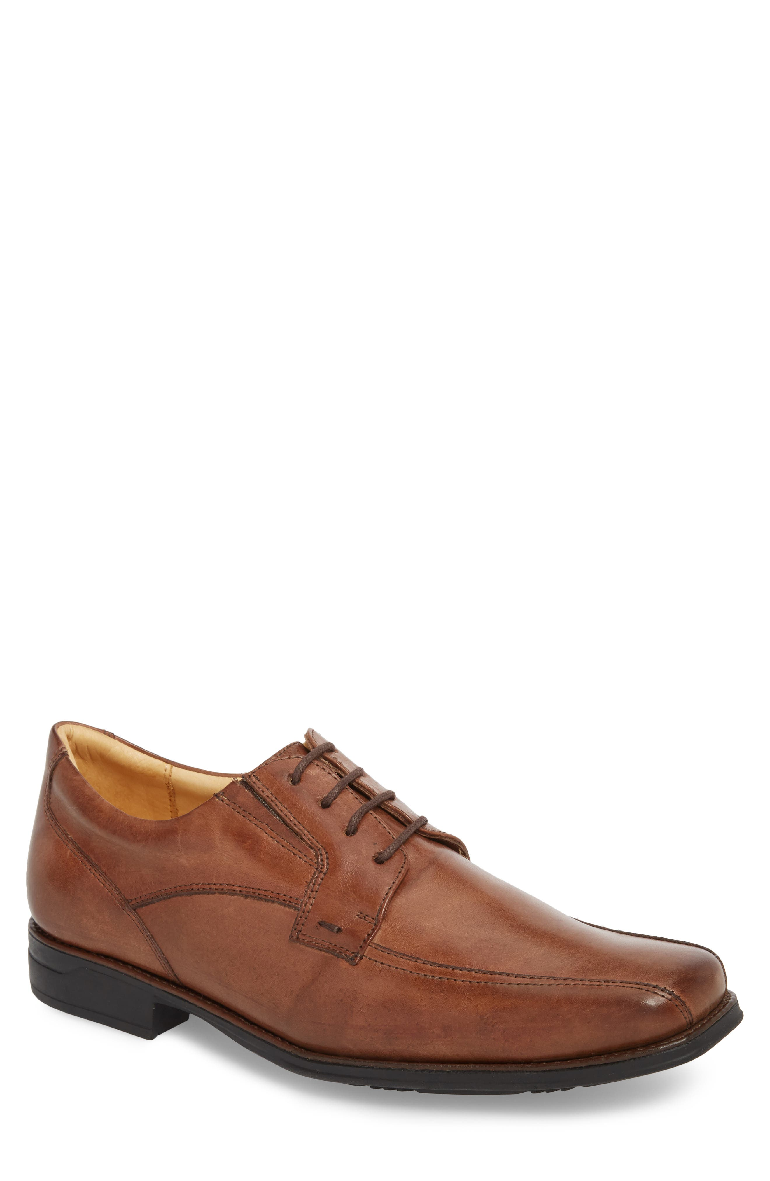Fomosa Bike Toe Derby,                         Main,                         color, Touch Pinhao Leather