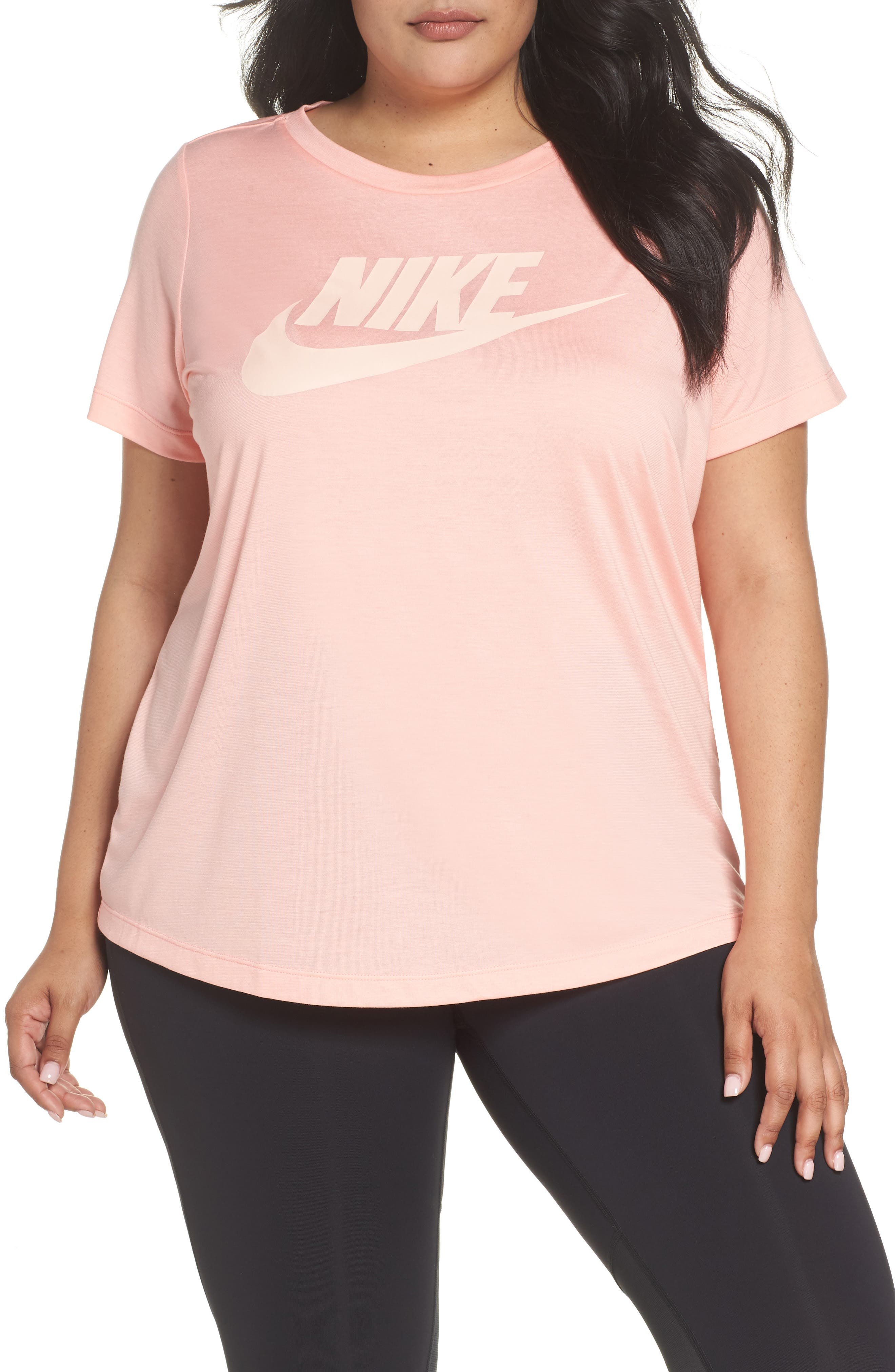 Nike Essential Tee (Plus Size)