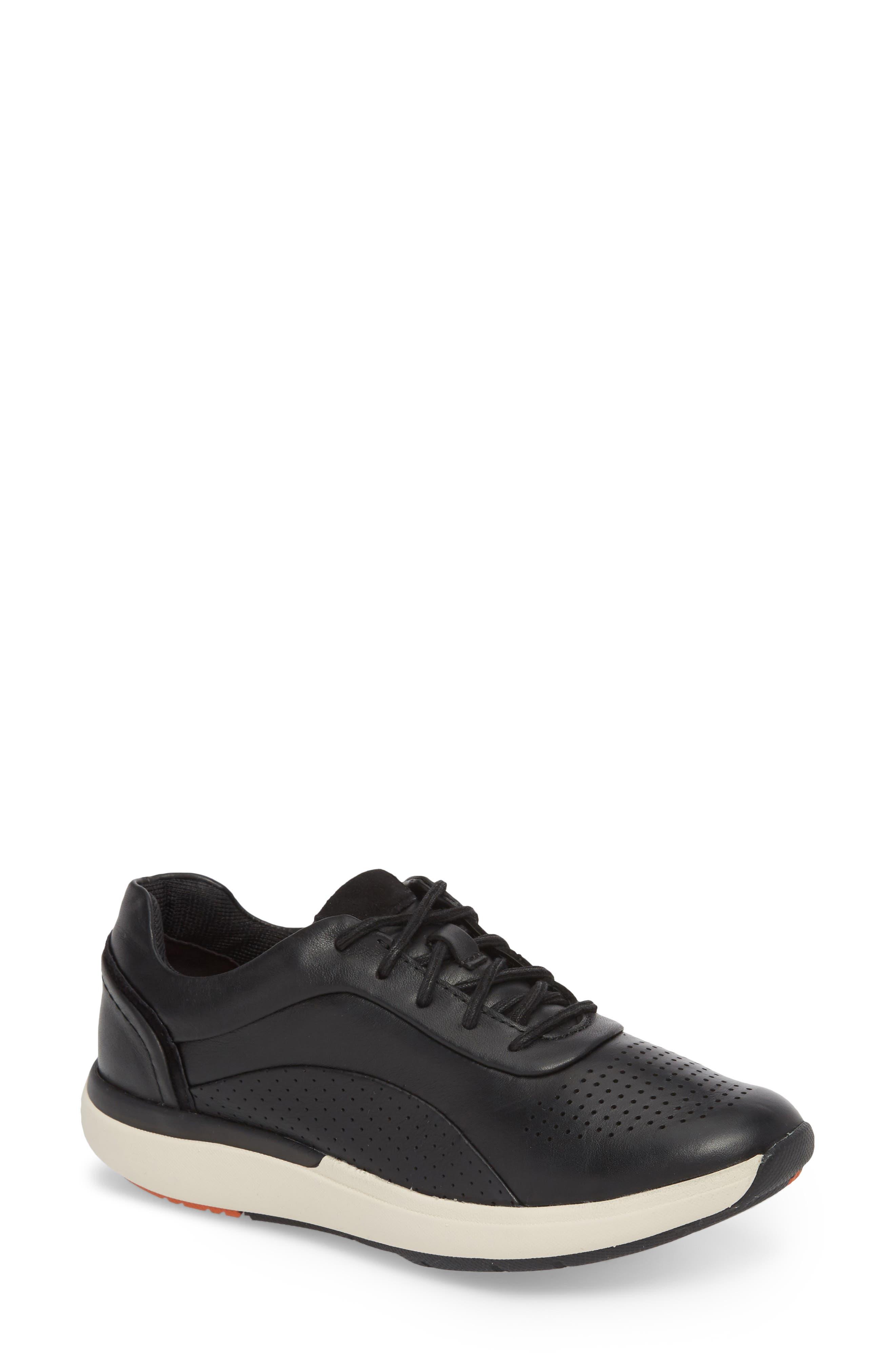 Clarks® Un Cruise Sneaker (Women)