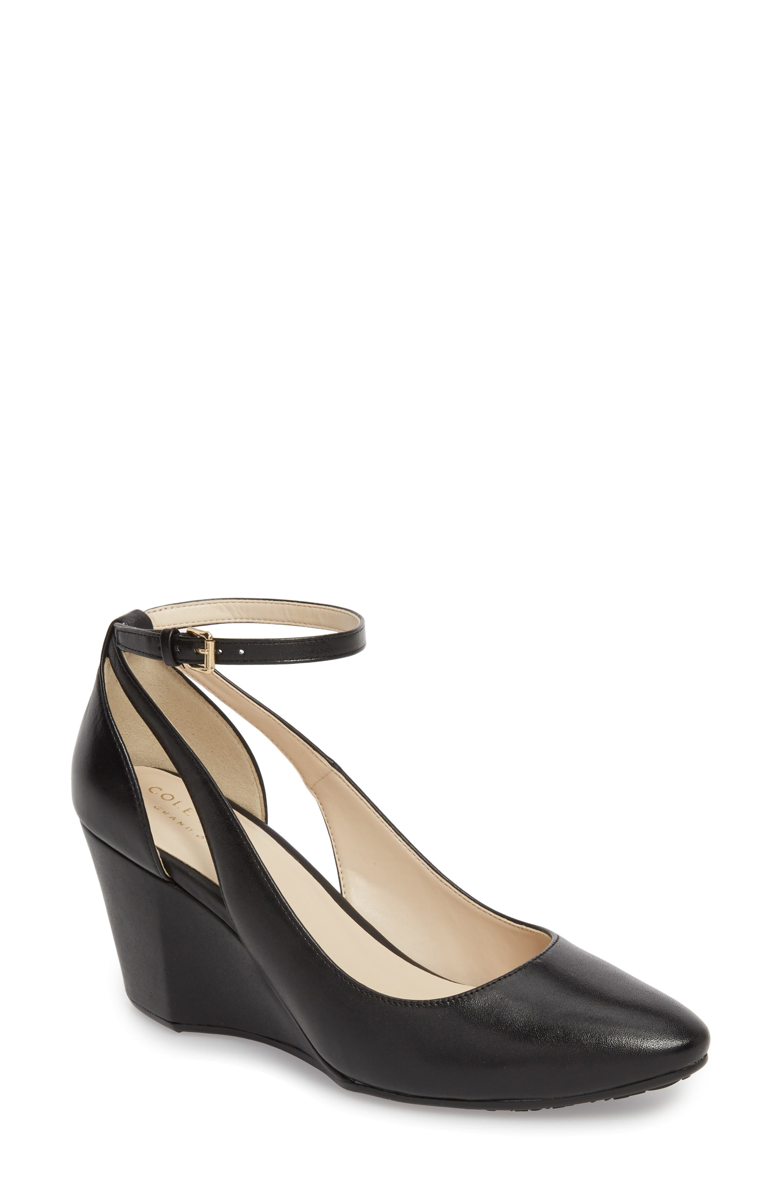 Lacey Cutout Wedge Pump in Black Leather