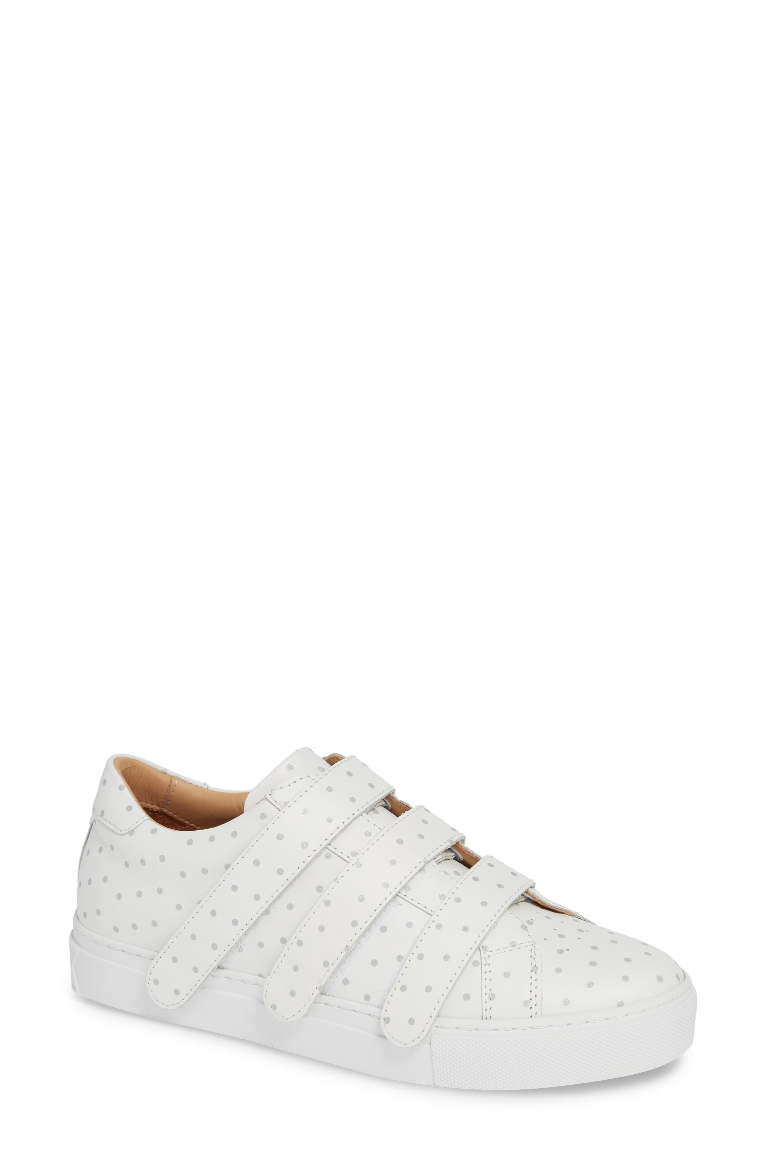 GREATS Royale Low Top Sneaker in White/ 3M Dots