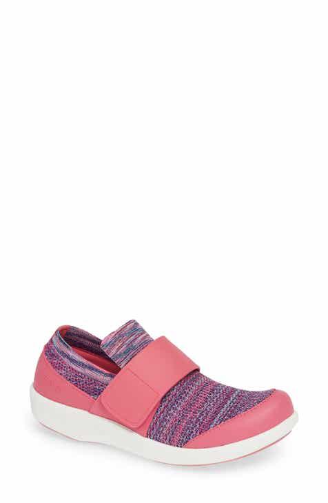 200c7a88b853 Alegria Qwik Sneaker (Women)
