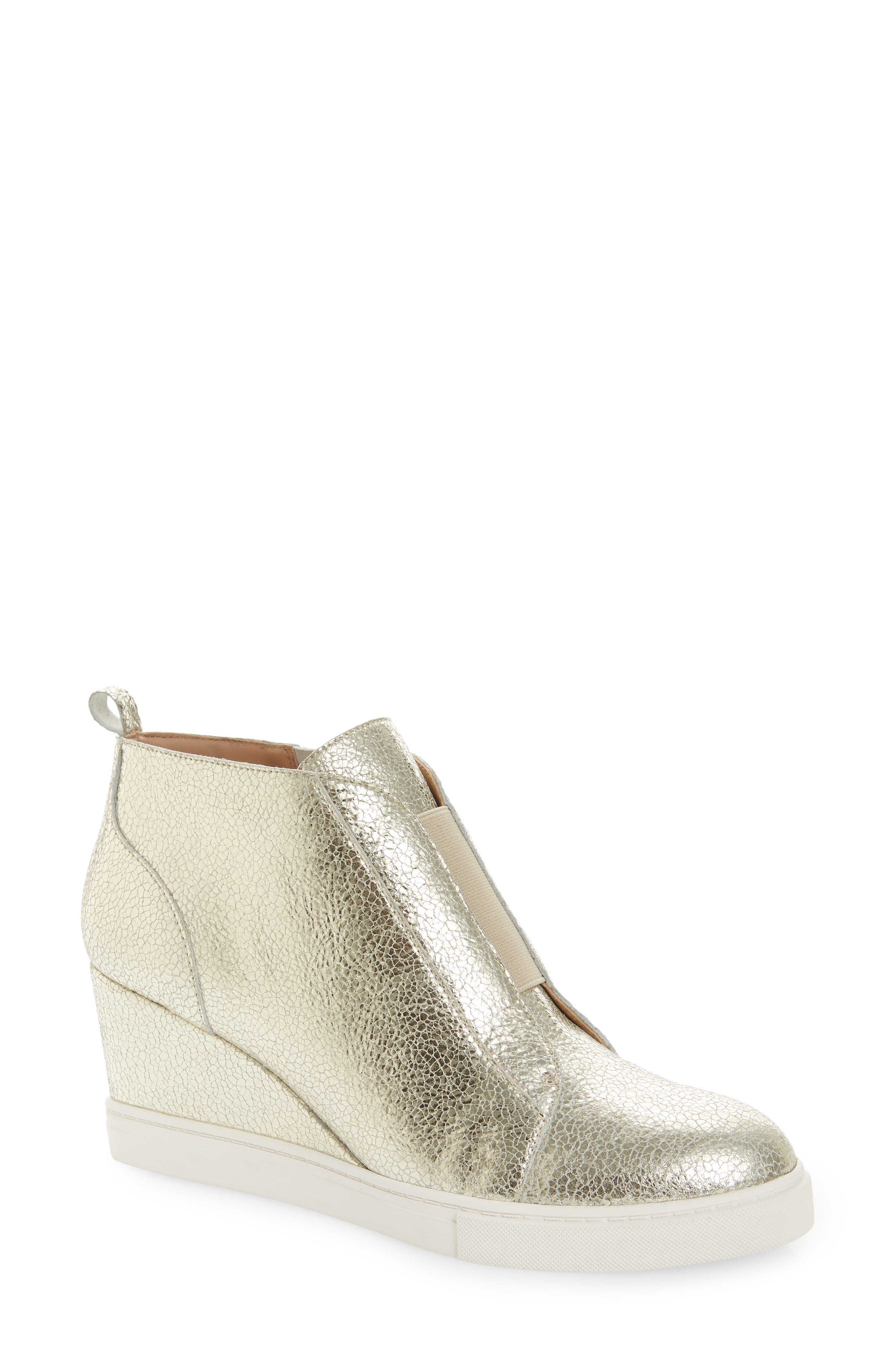 2ff625b45b43 Shoe Steals  Women s Linea Paolo Wedges