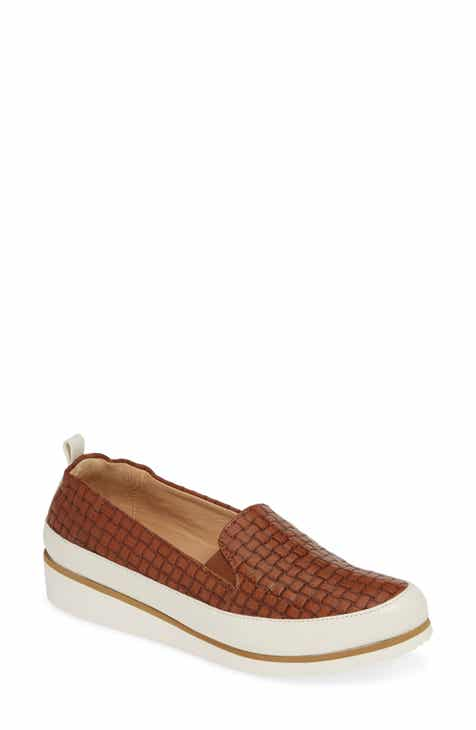 hot sale online 0a91c 4d86c Ron White Nell Slip-On Sneaker (Women)