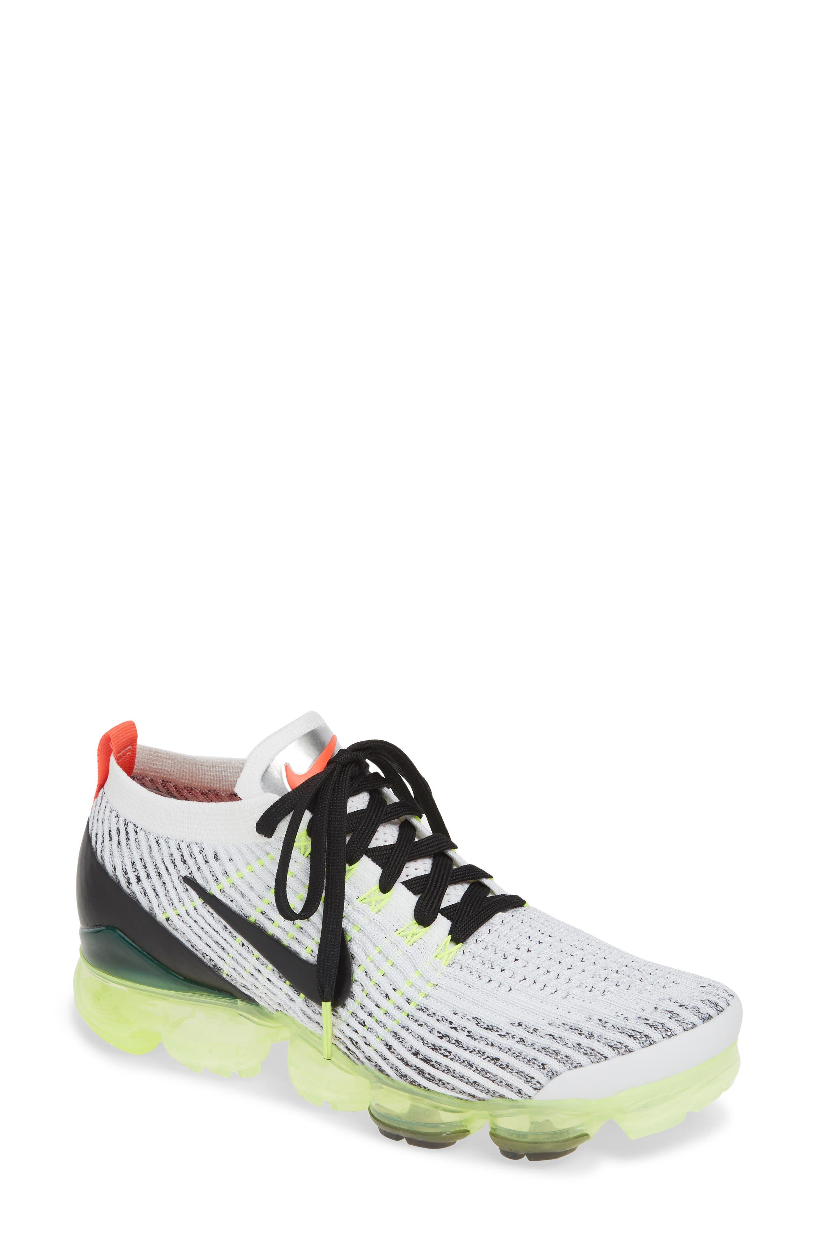 1d5a7d659217f Nike Flyknit