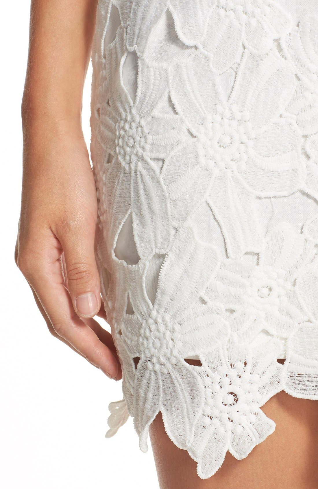 Alternate Image 4  - ASTR the Label Textured Floral Body-Con Dress