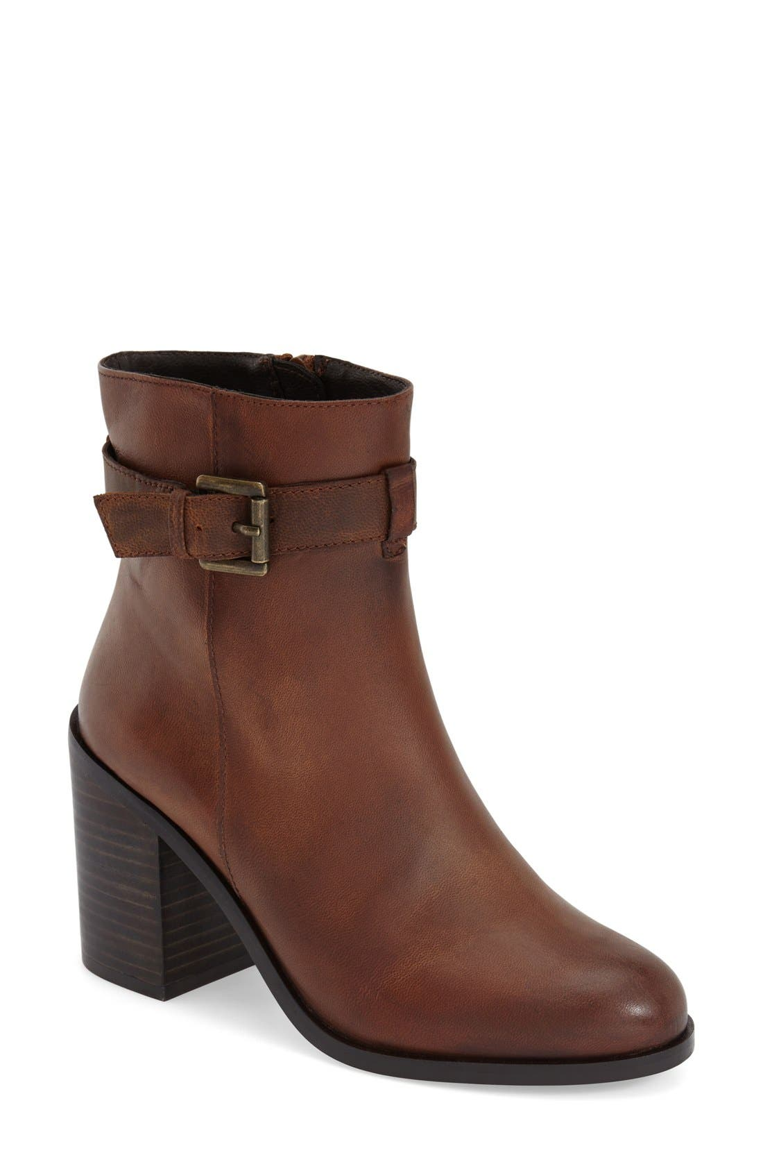 Alternate Image 1 Selected - Steve Madden 'Porshia' Bootie (Women)