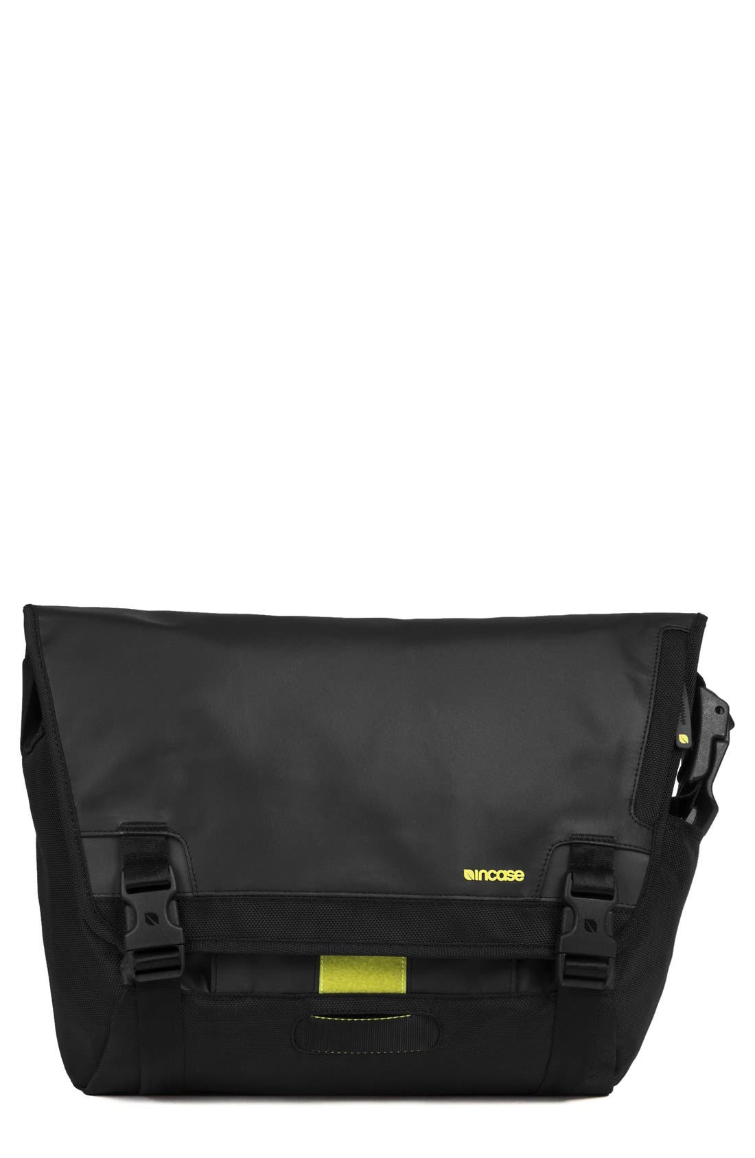 INCASE DESIGNS Range Messenger Bag