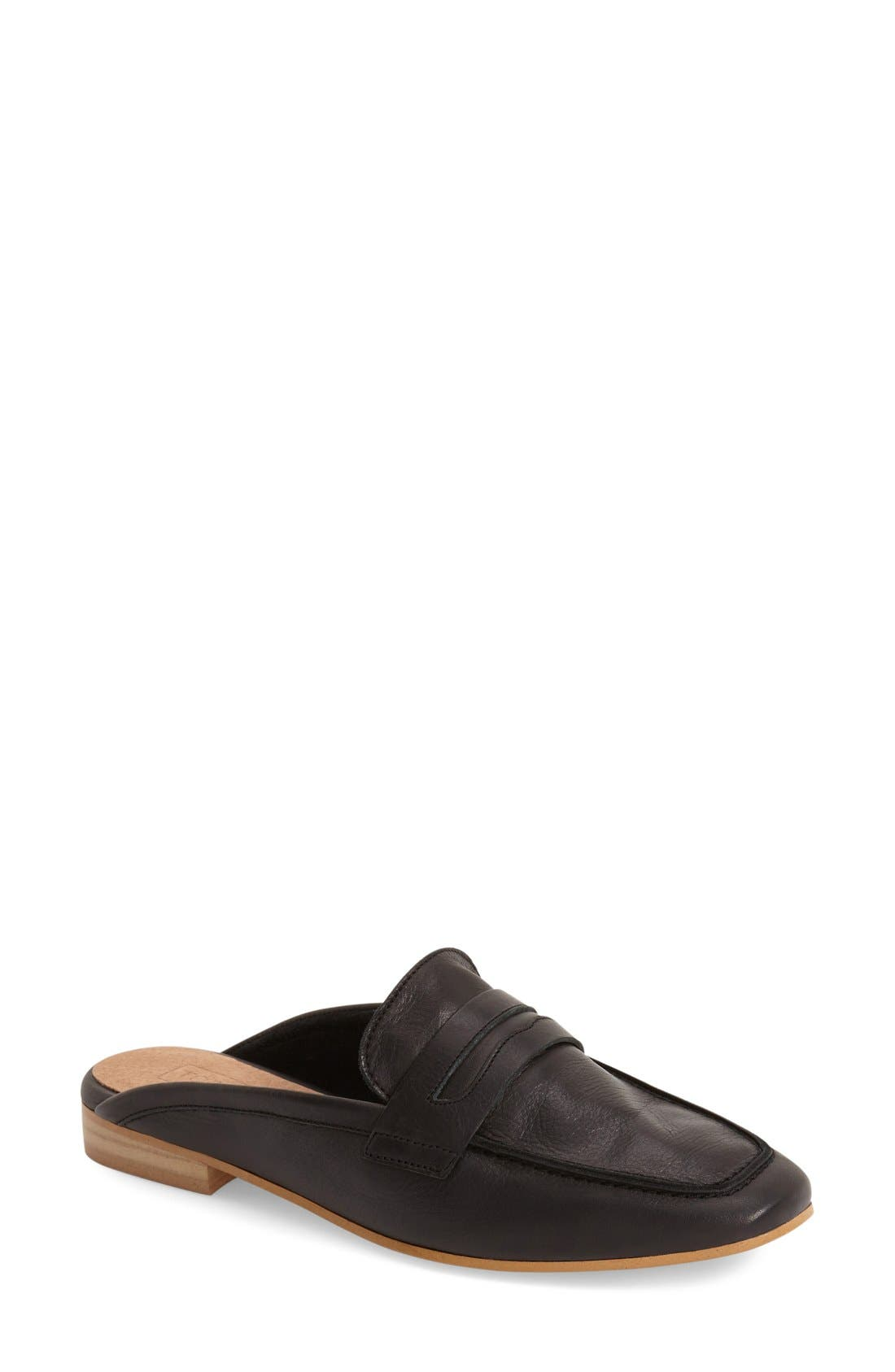 Alternate Image 1 Selected - Topshop 'Kola' Mule (Women)