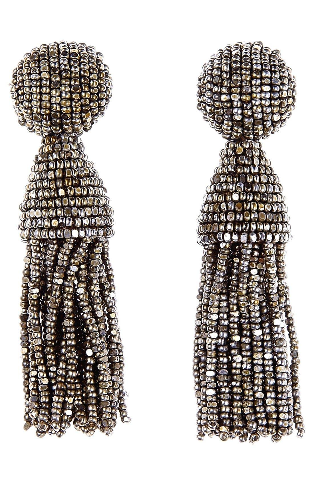 Alternate Image 1 Selected - Oscar de la Renta 'Classic Short' Tassel Drop Clip Earrings