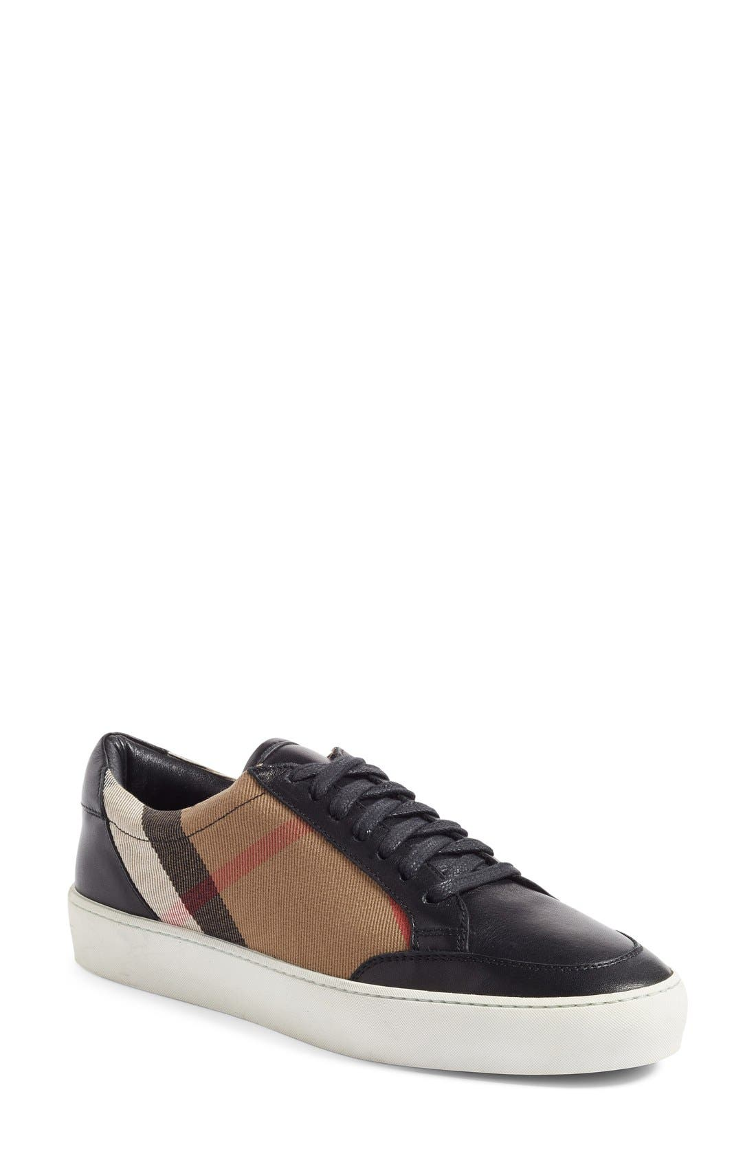 Main Image - Burberry Salmond Sneaker (Women)