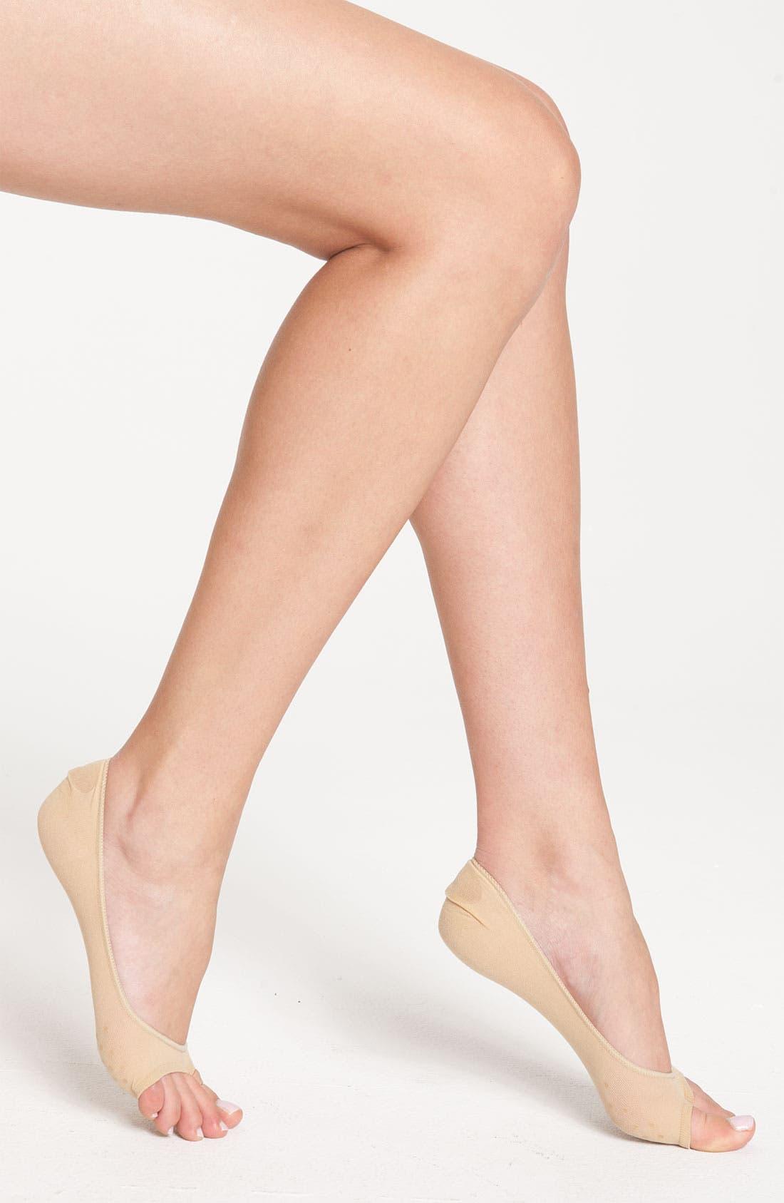 Main Image - Hue 'PB Peekaboo' Liner Socks