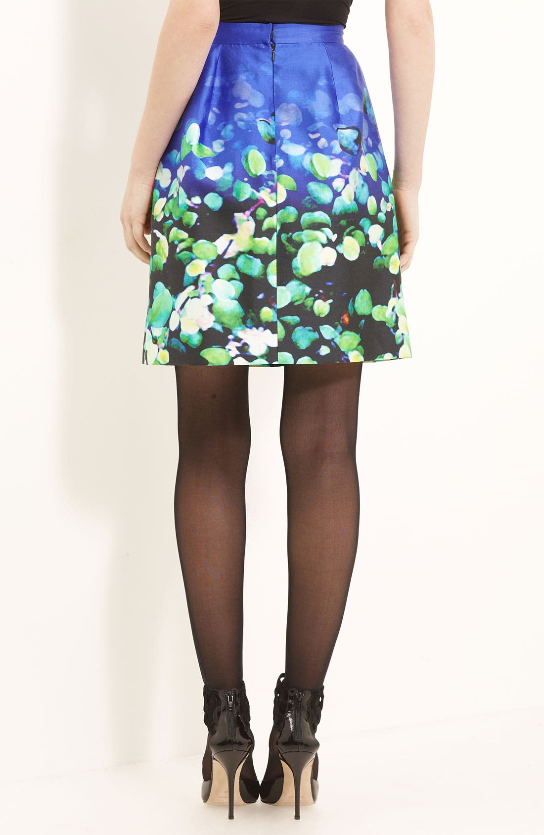 Alternate Image 2  - Oscar de la Renta Leaf Print Silk & Cotton Skirt