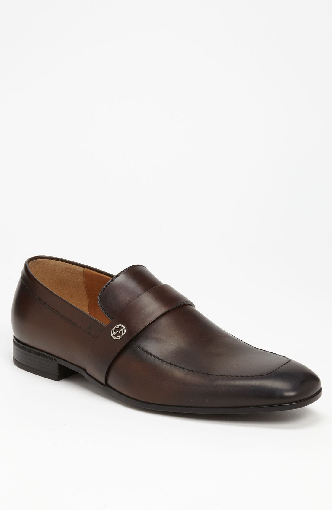 Alternate Image 1 Selected - Gucci 'Dynamics' Loafer