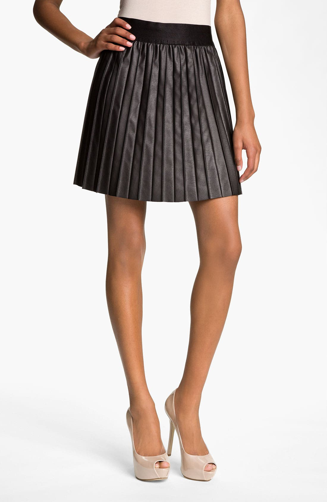 Main Image - Hinge® Faux Leather Pintuck Skirt