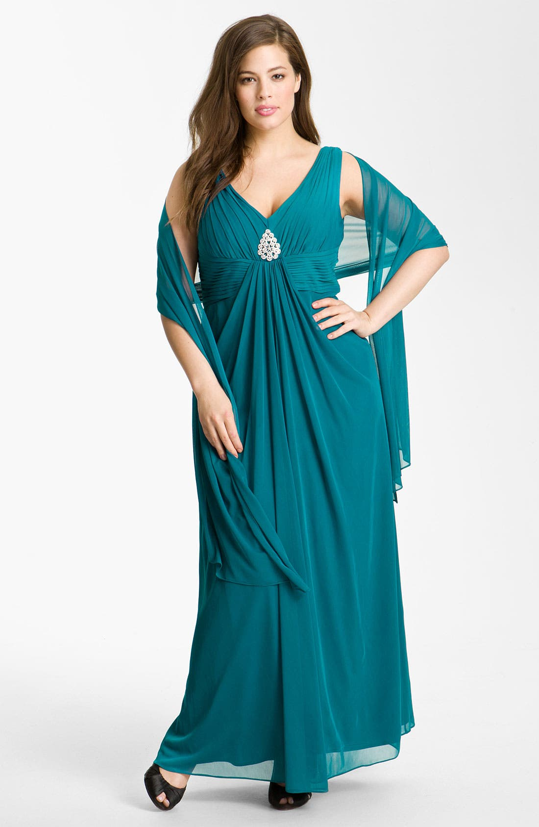Alternate Image 1 Selected - Alex Evenings Pleated Mesh Gown & Shawl (Plus)