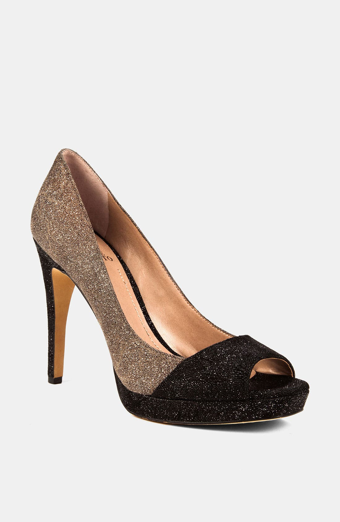 Alternate Image 1 Selected - Vince Camuto 'Timmons' Pump